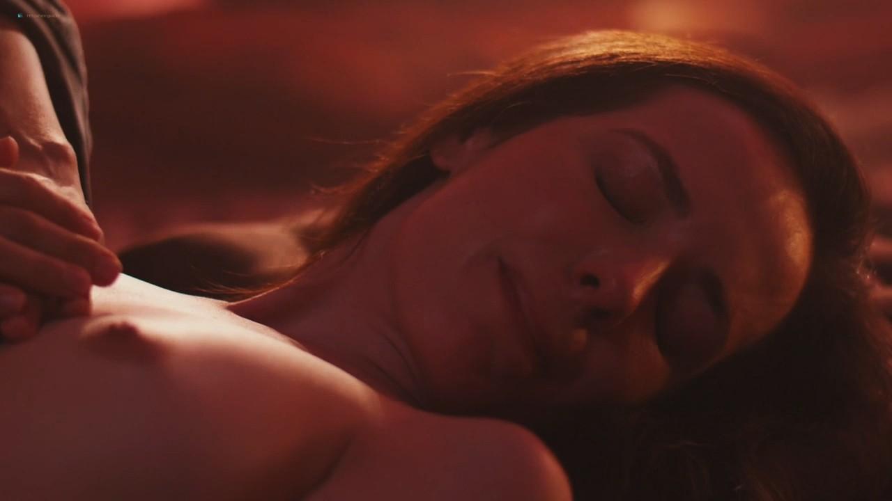 Camila dos Anjos nude topless Miá Mello and other sexy - A Vida Secreta dos Casais (2017) HD s2e5 720p (9)