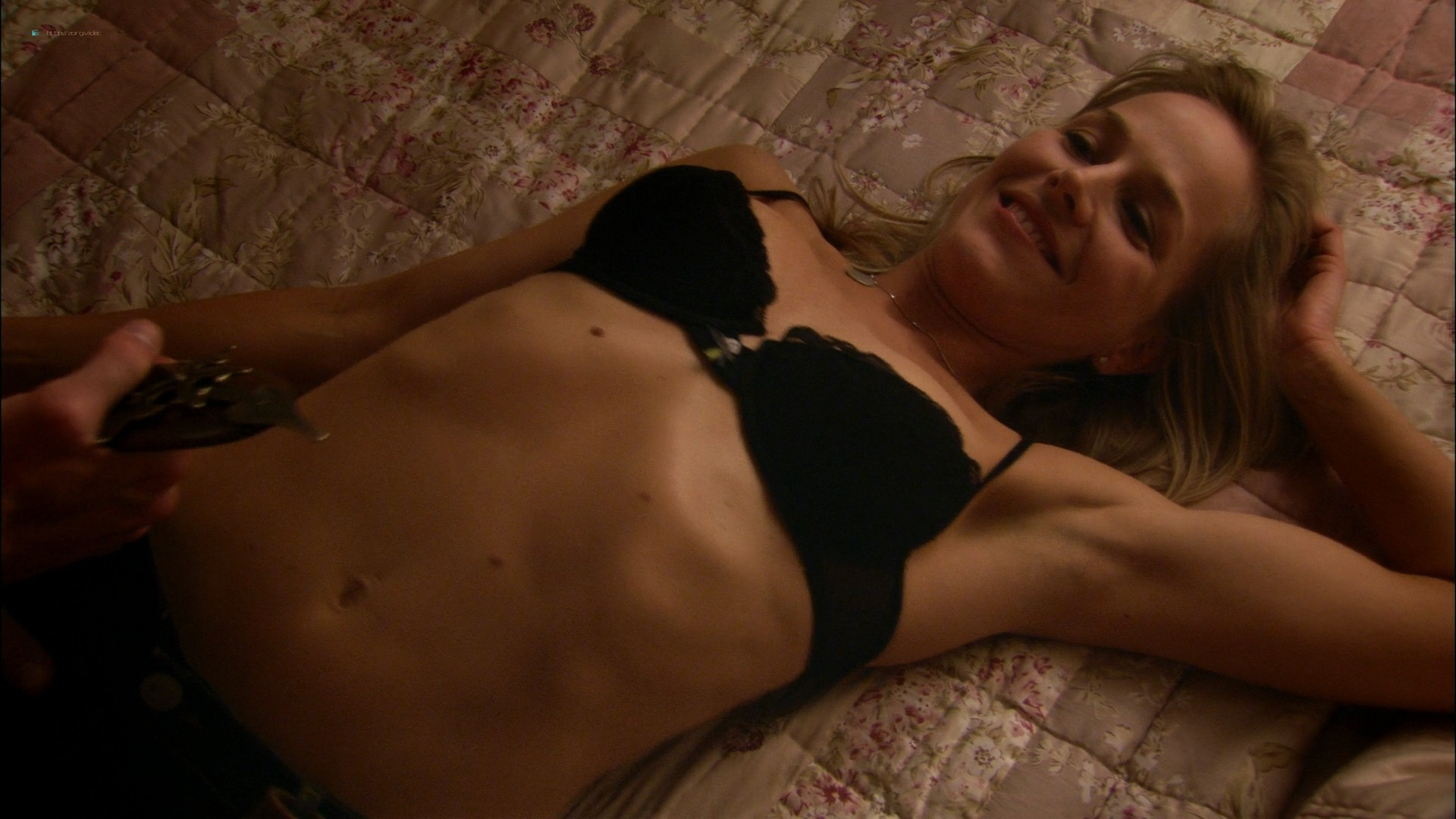 Julie Benz hot and some sex - Circle of Friends (2006) HD 1080p WEB (5)