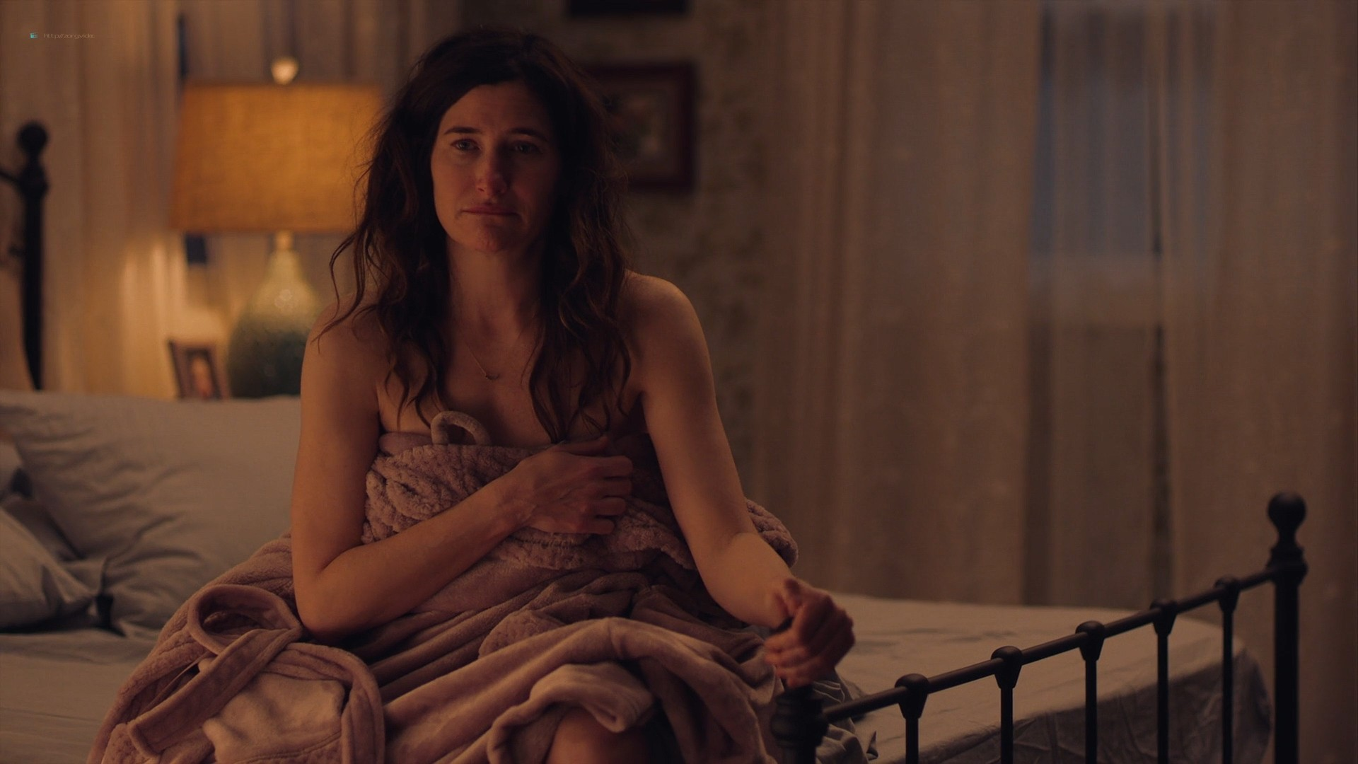 Kathryn Hahn nude sex threesome with Katie Kershaw - Mrs. Fletcher (2019) s1e7 HD 1080p (2)
