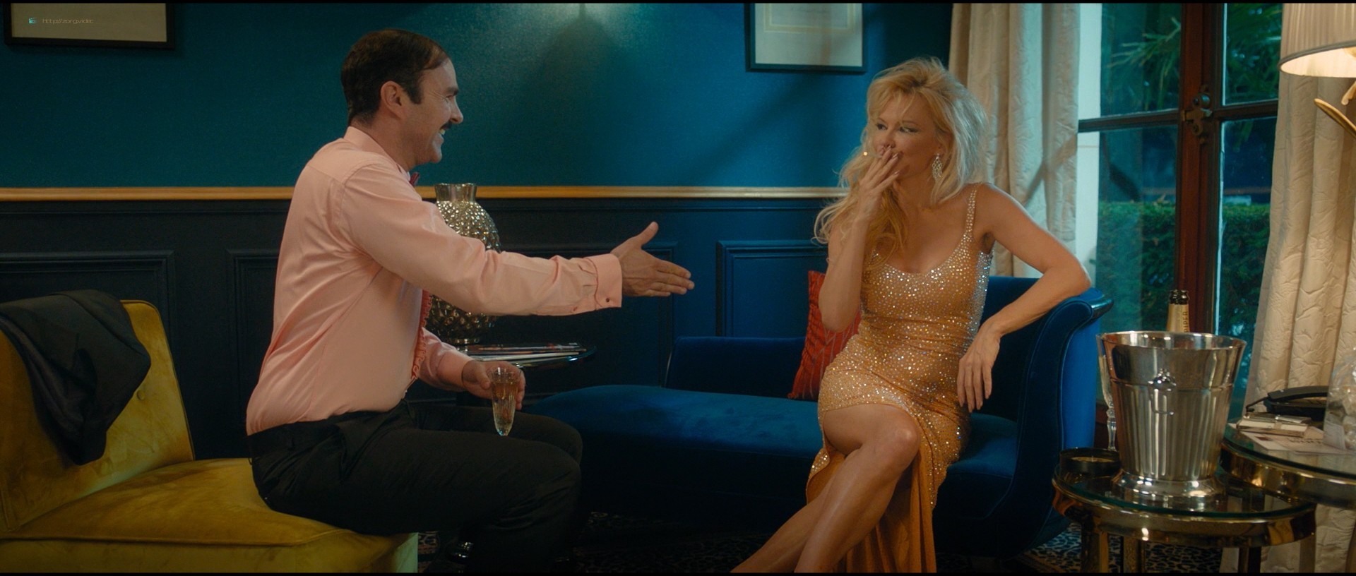 Pamela Anderson sexy Élodie Fontan and others hot - Nicky Larson et le parfum de Cupidon (2018) 1080p BluRay (9)