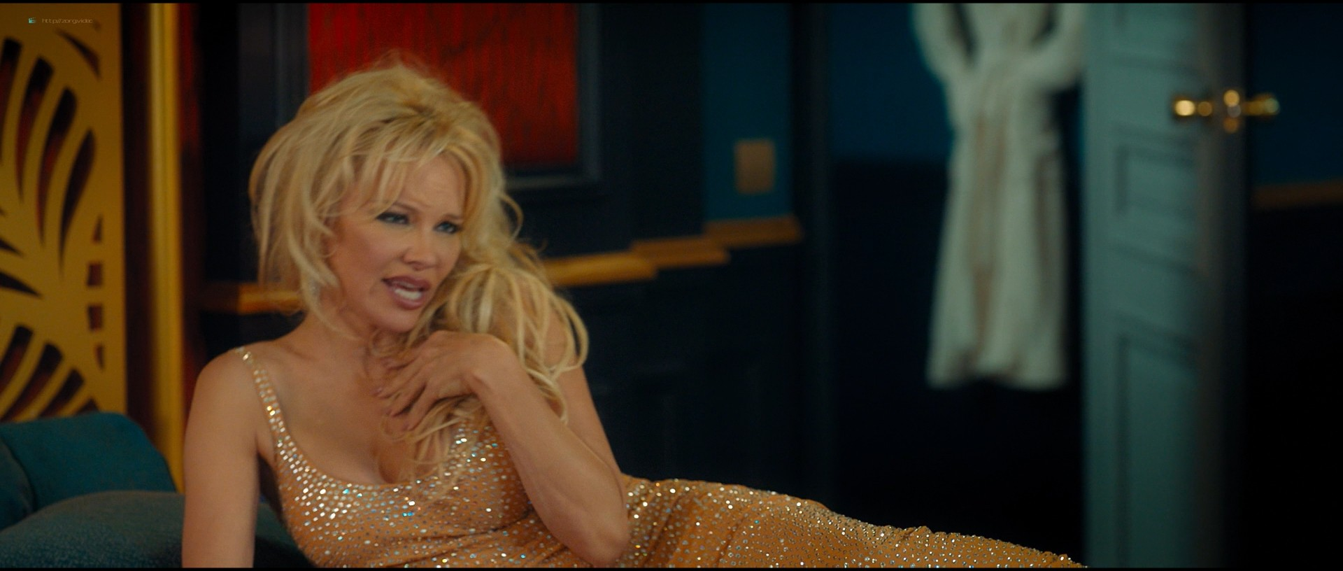 Pamela Anderson sexy Élodie Fontan and others hot - Nicky Larson et le parfum de Cupidon (2018) 1080p BluRay (5)