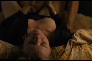 Julia Jentsch nude topless Luise Heyer nude - Auf Einmal (2016) HD 1080p Web (7)