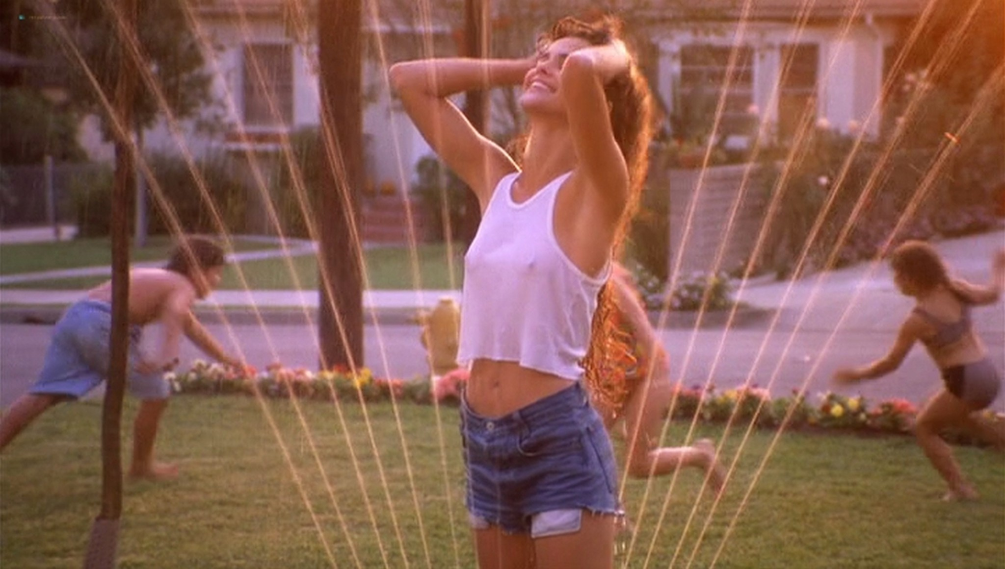 Keri Russell hot see-through -Eight Days a Week (1997) (19)