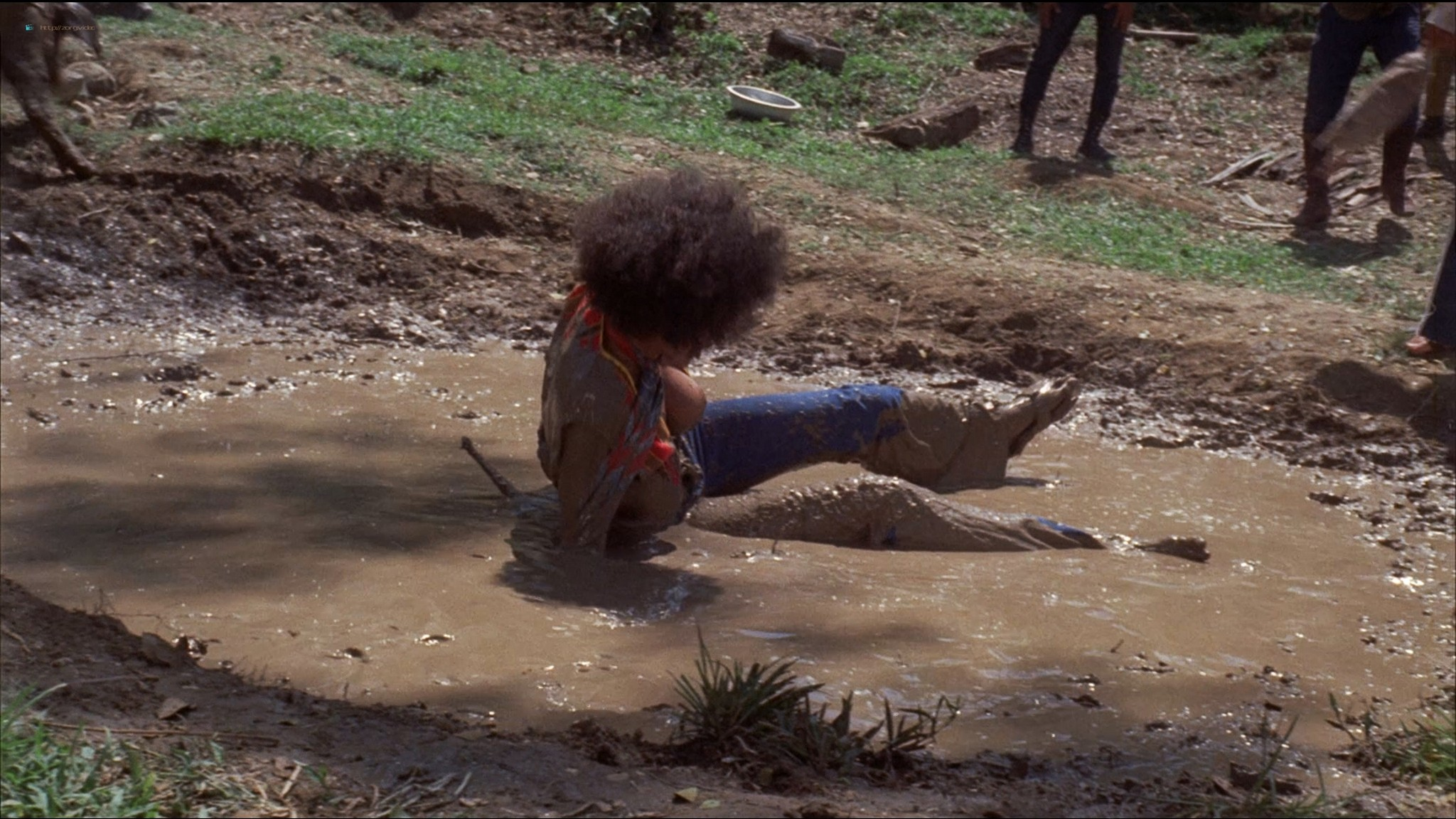Pam Grier nude Anita Ford nude bush, others nude - The Big Bird Cage (1972) HD 1080p BluRay(r) (17)