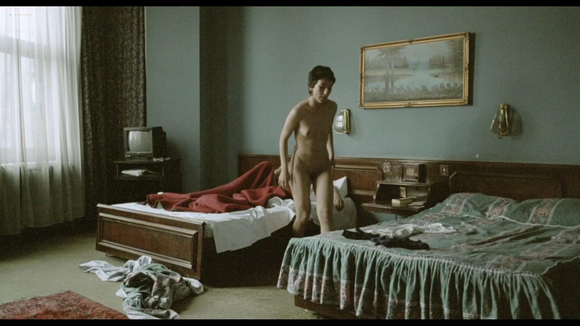 Sibel Kekilli nude full frontal and sex Catrin Striebeck nude - Head-On (2004) HD 1080p BluRay (r) (7)