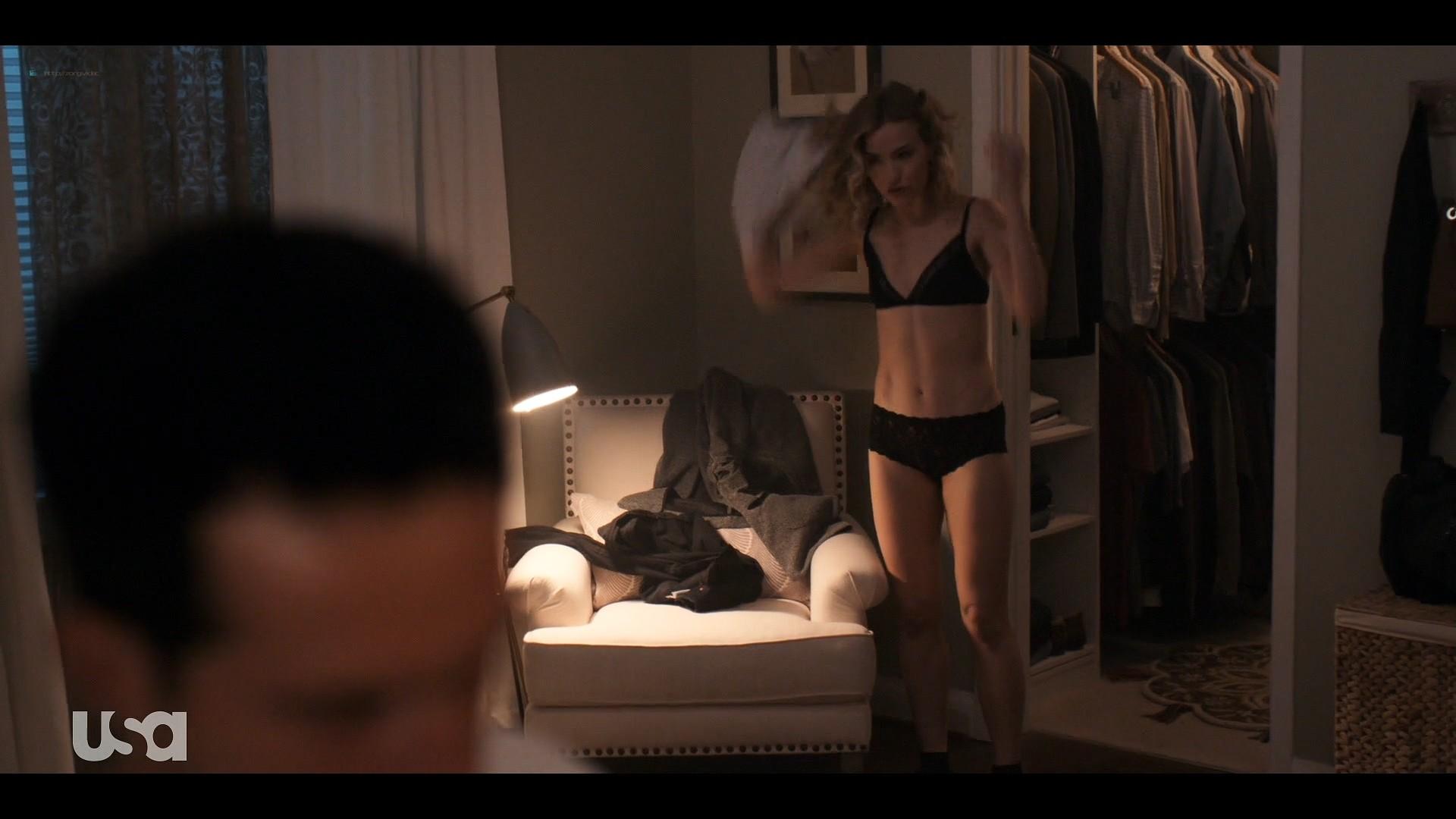 Willa Fitzgerald hot in lingerie Marlo Kelly, Herizen F. Guardiola sexy - Dare Me (2019) s1e4 HD 1080p (6)