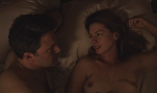 Anne Hathaway  nude topless - The L@st Thing He Want@d (2020) HD 1080p Web