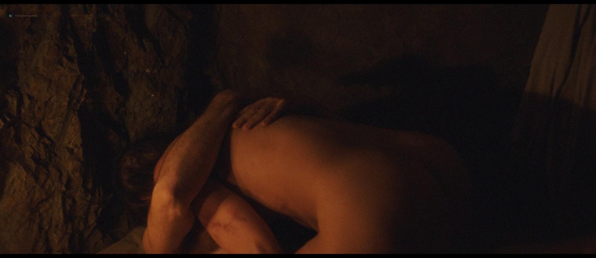 Belén Cuesta nude and sex - La trinchera infinita (ES-2019) HD 1080p Web (7)
