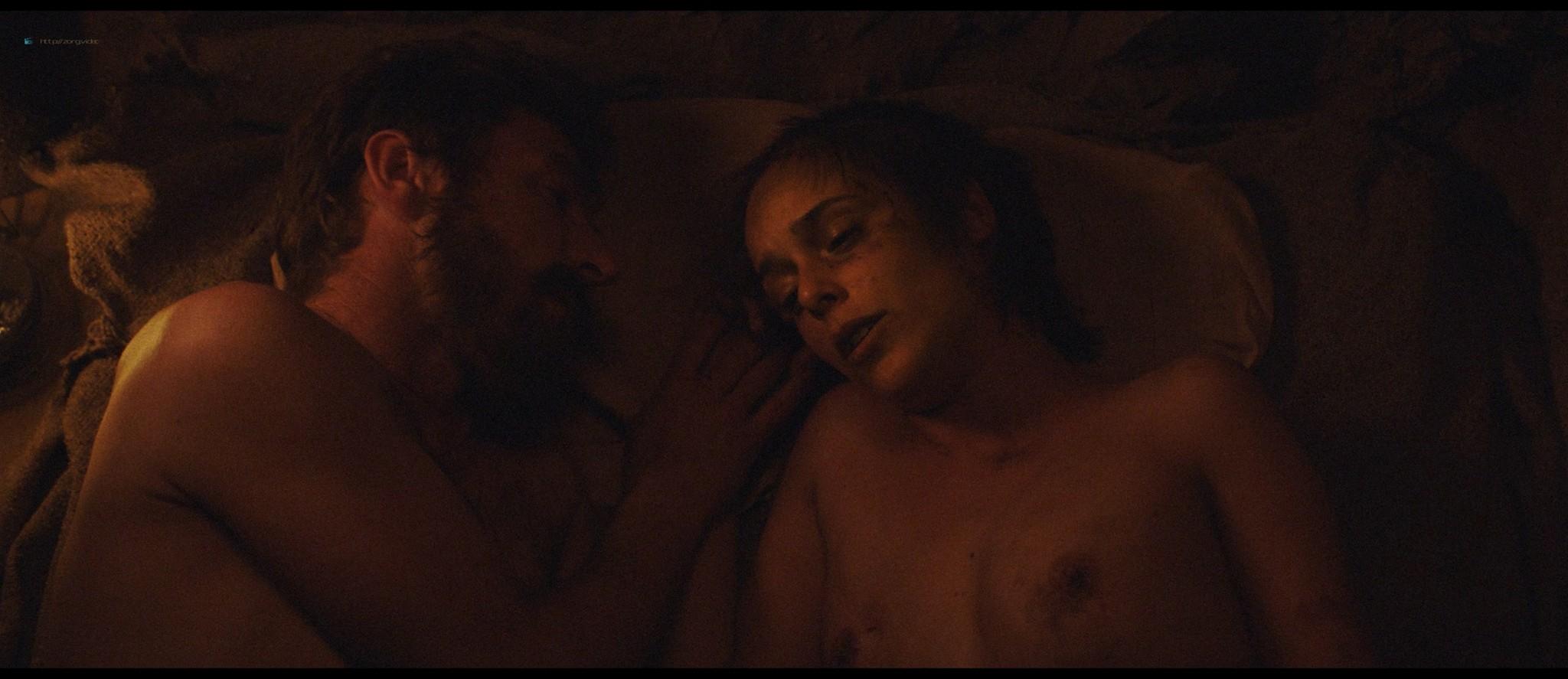 Belén Cuesta nude and sex - La trinchera infinita (ES-2019) HD 1080p Web (5)