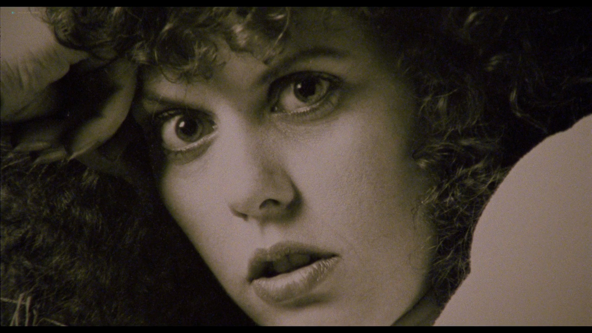 Jennifer Delora nude hot sex - Deadly Manor (1990) HD 1080p BluRay (8)