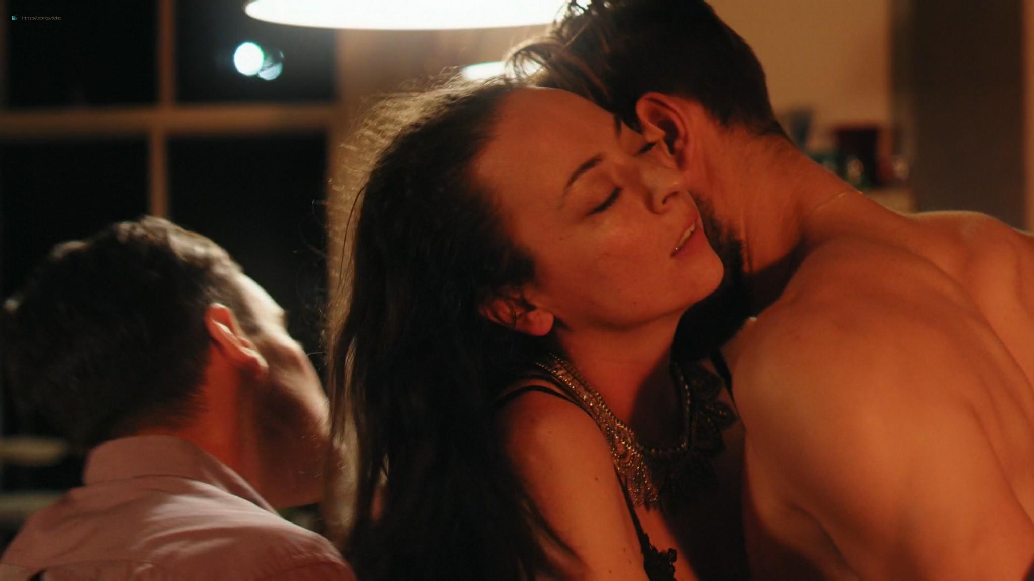 Keely Cat Wells nude Claudine-Helene Aumord full-frontal - Dirty Work (2018) HD 1080p Web (7)