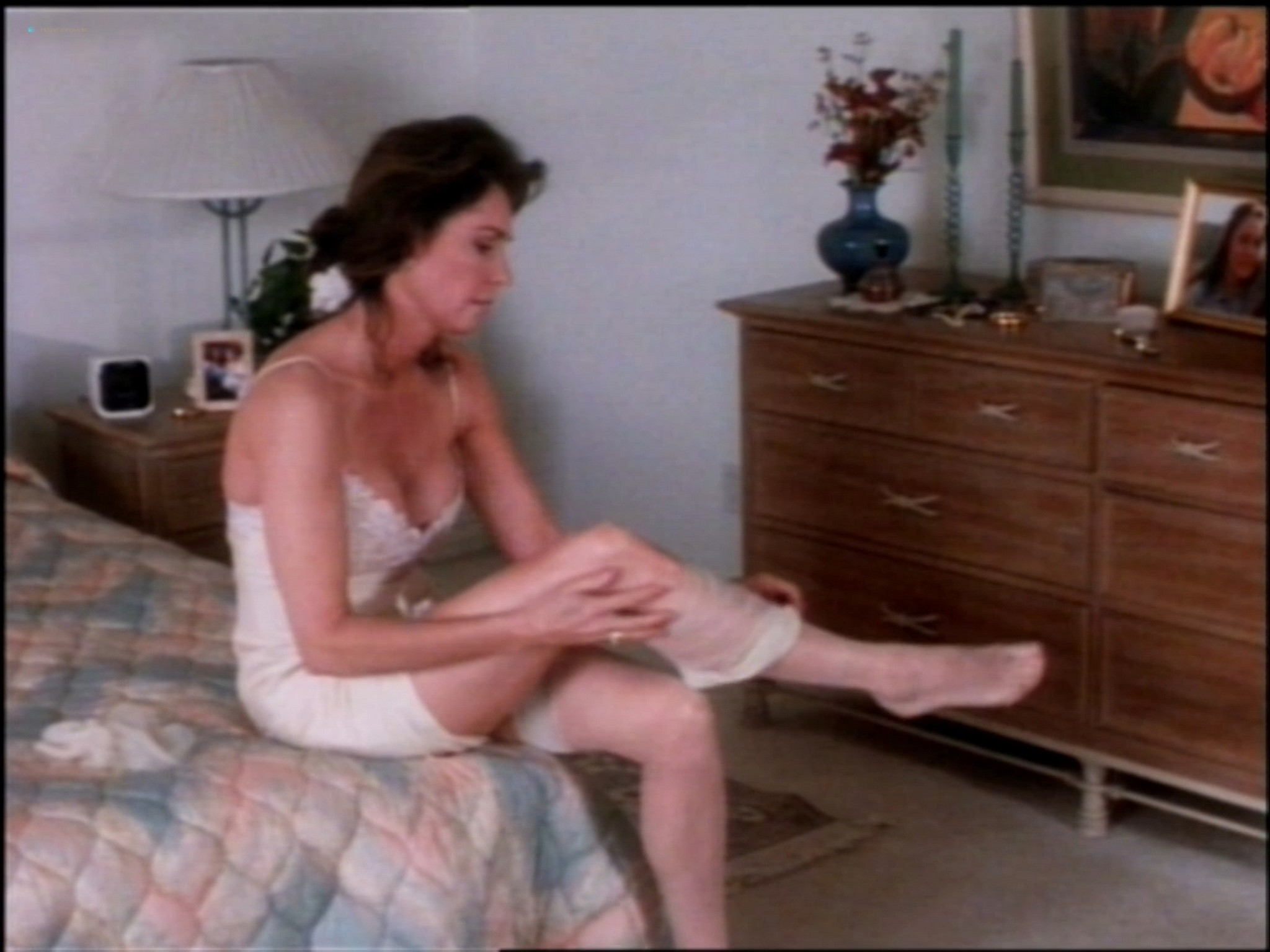 Lydie Denier hot and sex Jennifer O'Neill sexy - Invasion of Privacy (1992) HD 1080p Web (10)