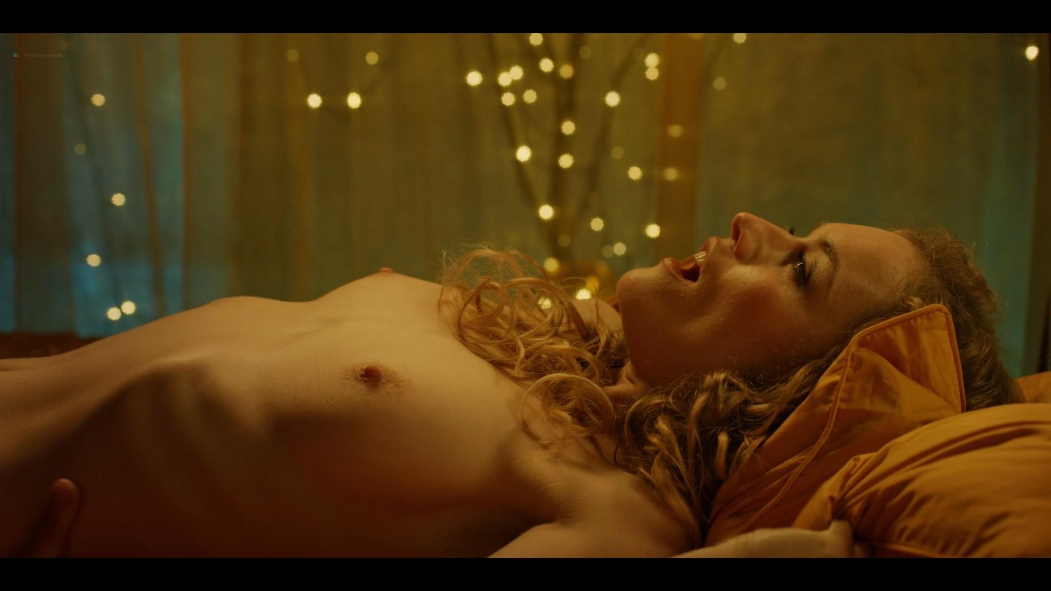 Anne-Laure Vandeputte nude topless Nienke van Hofslot nude sex etc - Women of the Night (2019) s1e7-10 HD 1080p (5)