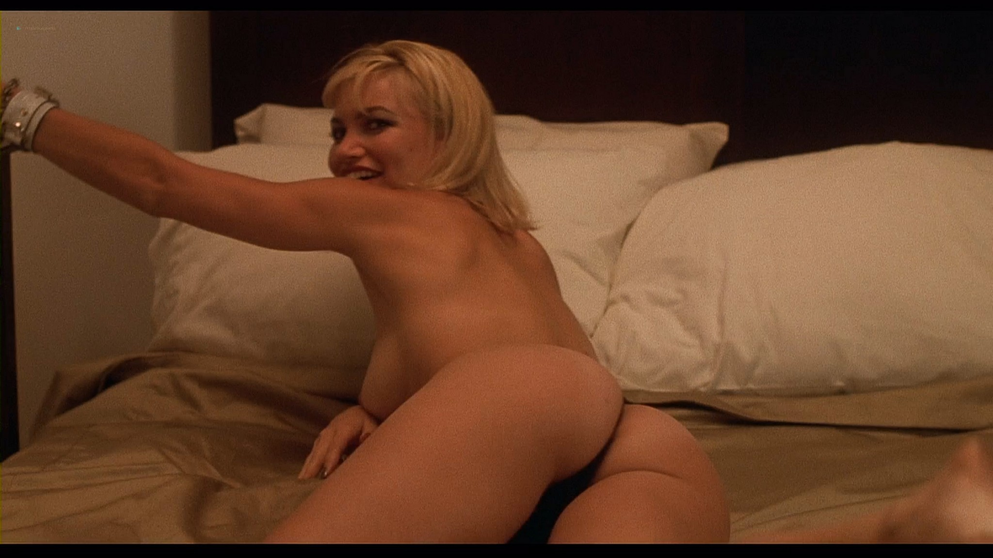 Donna D'Errico hot Rena Riffel and others nude - Candyman 3 (1999) HD 1080p BluRay (r) (10)