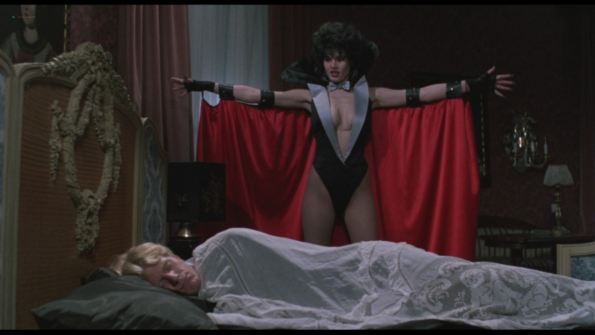 Geena Davis hot and sexy Ksenia Prohaska sexy - Transylvania 6-5000 (1985) HD 1080p BluRay (19)
