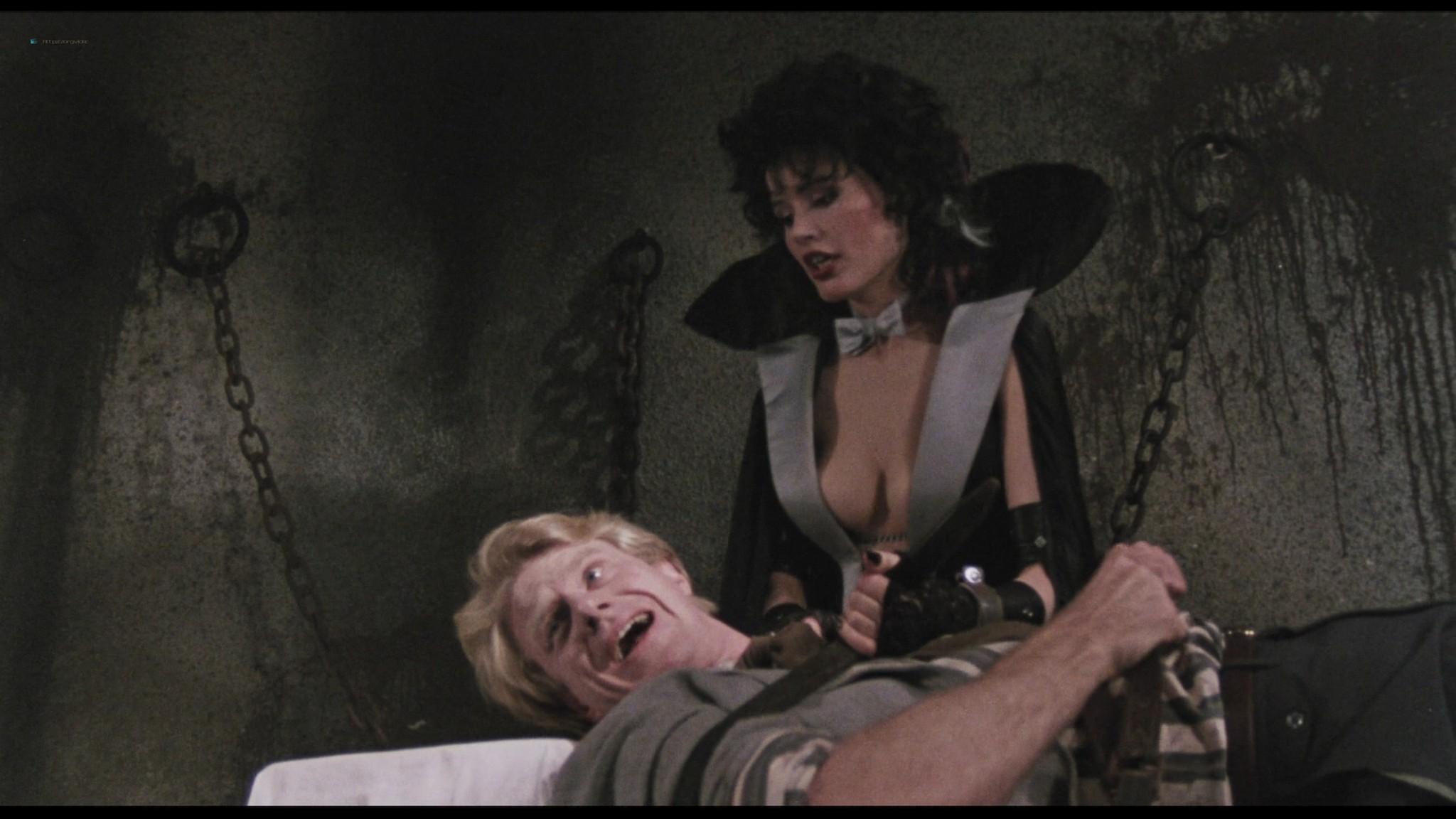 Geena Davis hot and sexy Ksenia Prohaska sexy - Transylvania 6-5000 (1985) HD 1080p BluRay (7)