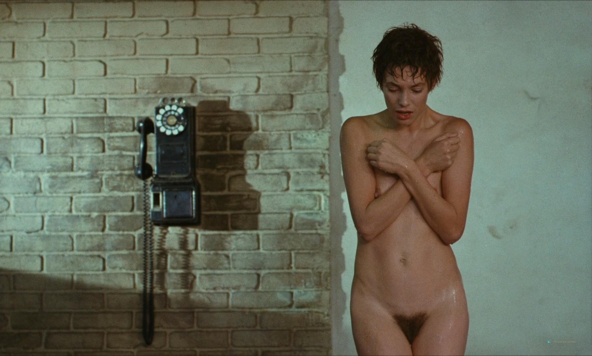 Jane Birkin nude full frontal and sex - Je t'aime moi non plus (FR-1976) HD 1080p BluRay (2)