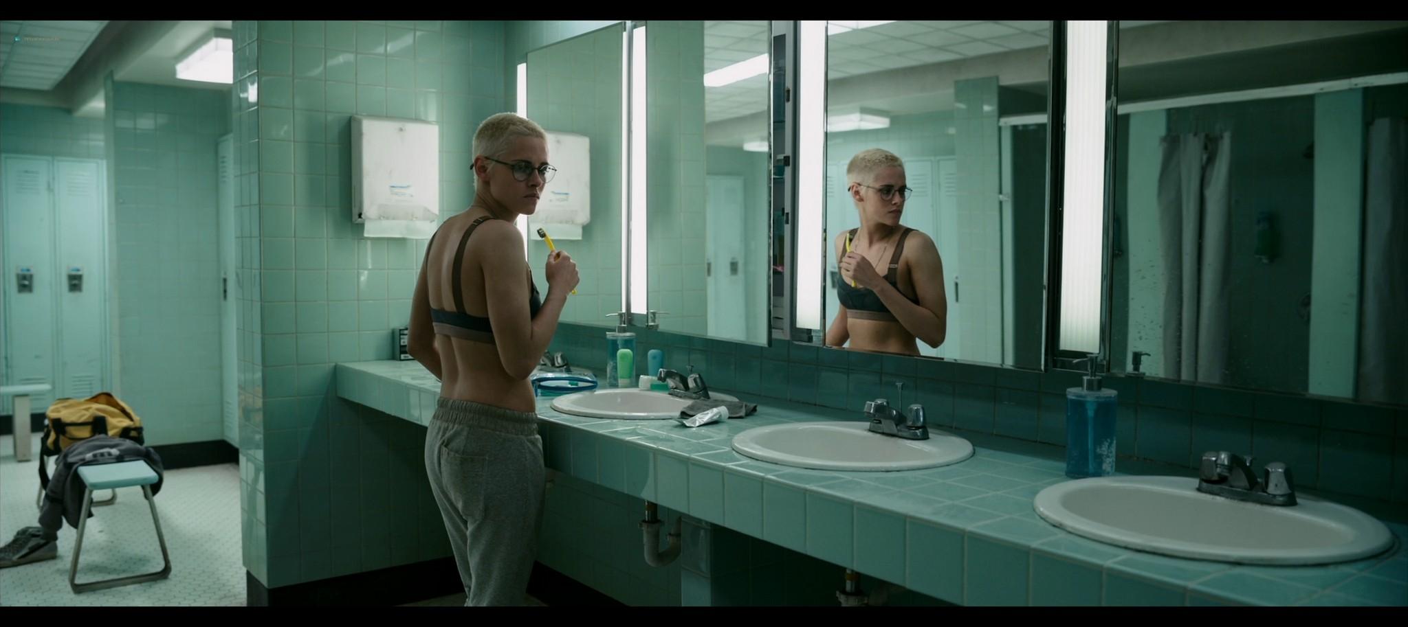 Kristen Stewart sexy Jessica Henwick hot Underwater 2020 HD 1080p BLuRay REMUX