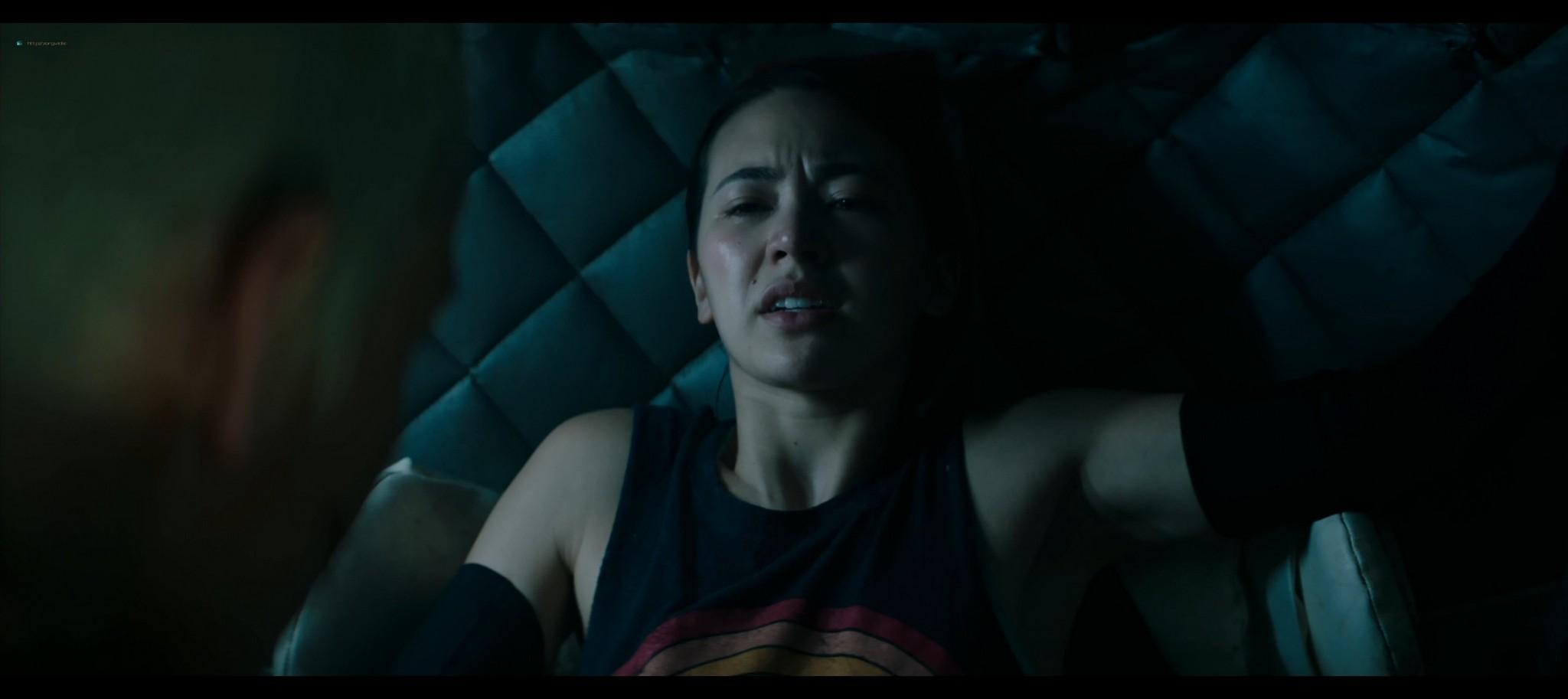 Kristen Stewart sexy Jessica Henwick hot Underwater 2020 HD 1080p BLuRay REMUX 18