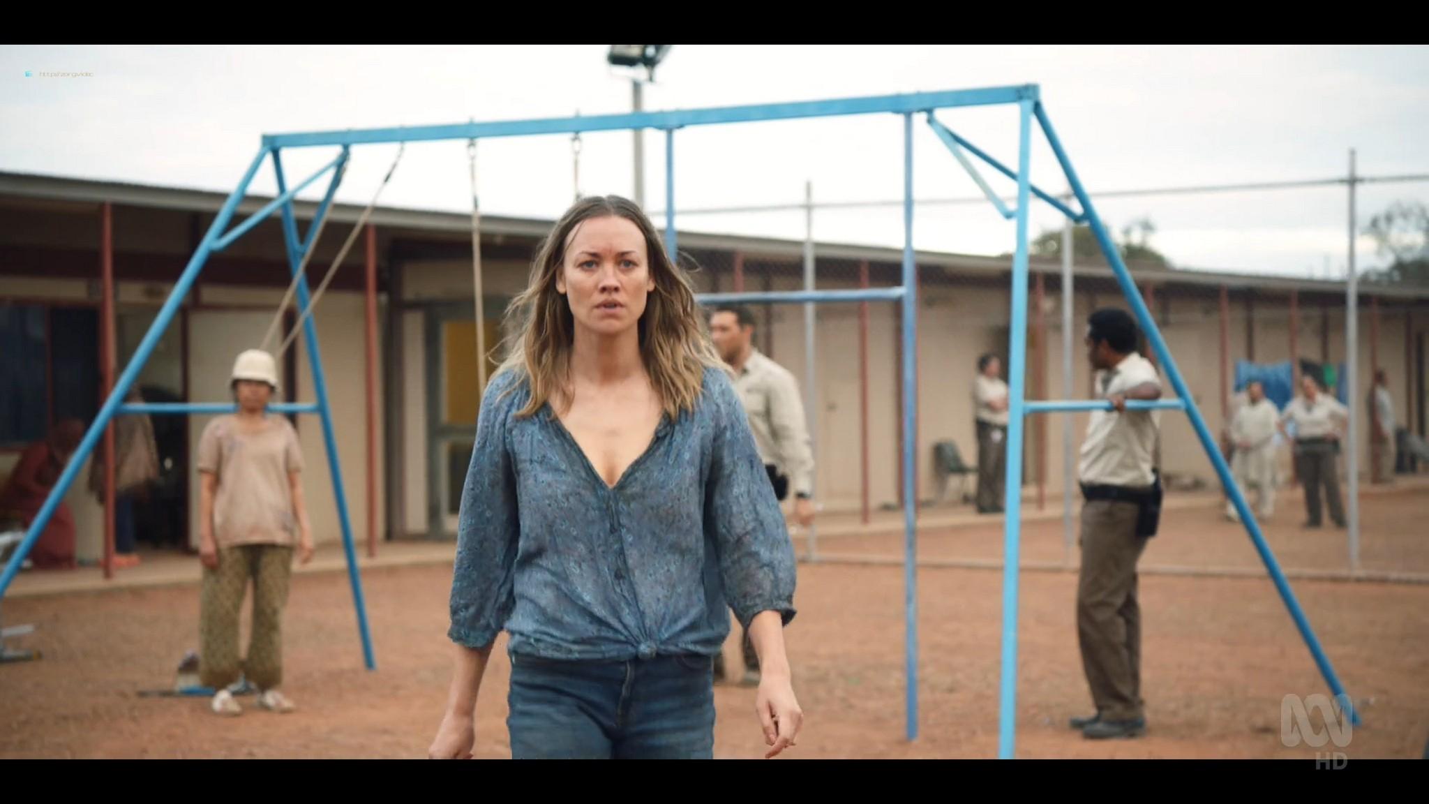 Yvonne Strahovski hot and sexy - Stateless (2020) s1e2 HD 1080p WEB (7)