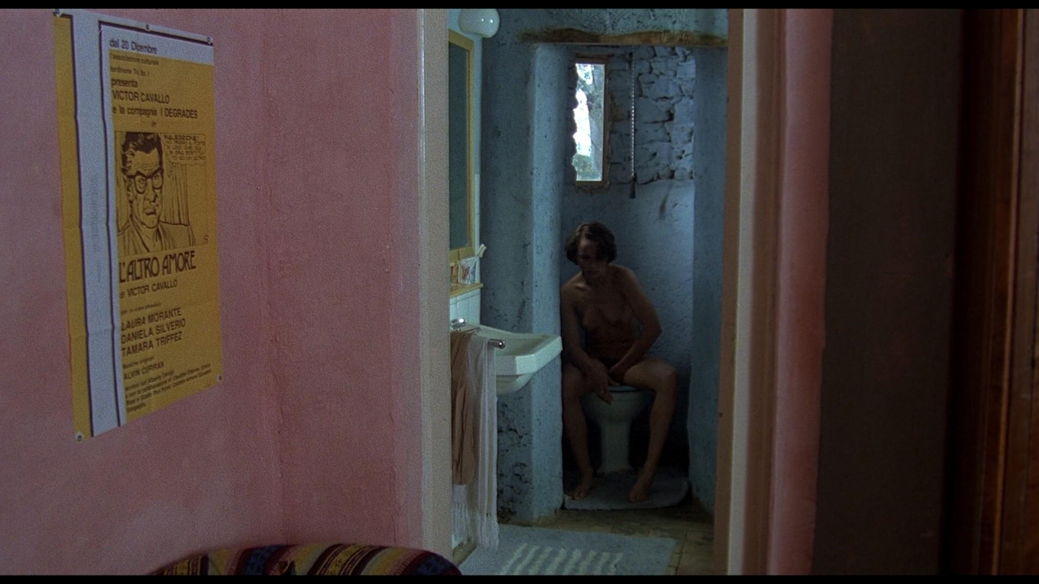 Christine Boisson nude full frontal Daniela Silverio nude sex - Identificazione di una donna (IT-1982) HD 1080p BluRay REMUX (5)