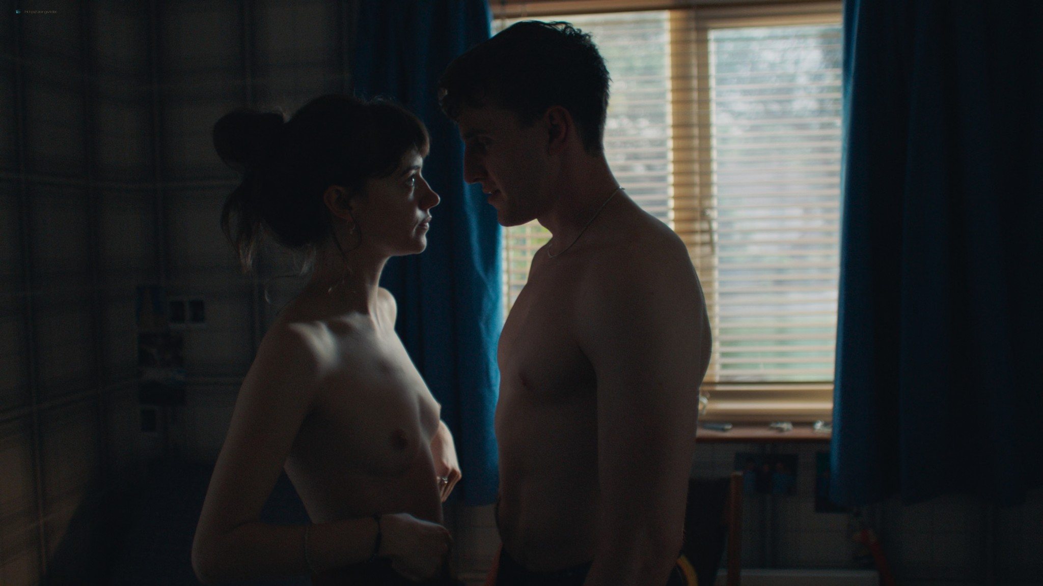 Daisy Edgar-Jones nude full frontal and sex Aoife Hinds nude - Normal People (2020) s1 UHD 1080/2160p (29)