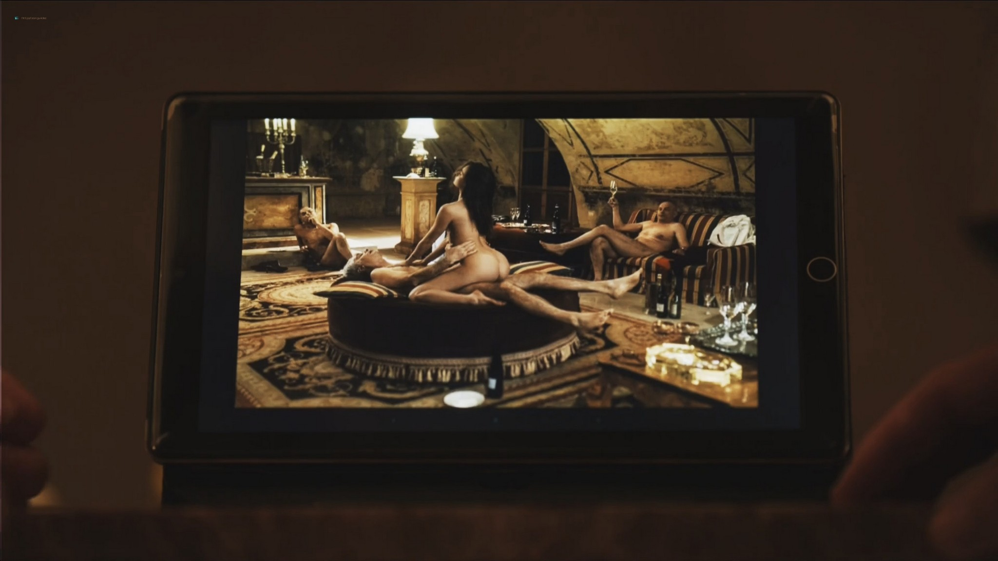 Ludivine Sagnier nude full frontal Yulia Snigir, Chiara Mocci, Daria Baykalova nude - New P0pe (2019) s1e7-9 HD 1080p (9)