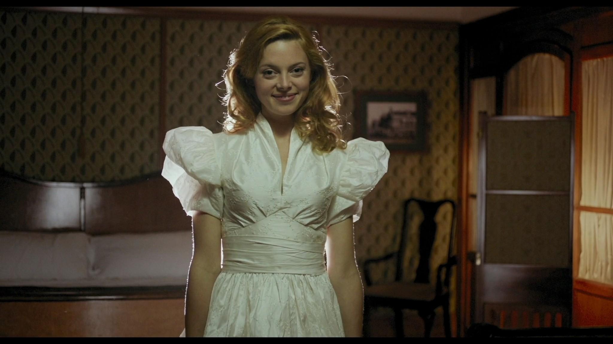 Roos van Erkel nude butt - Het bombardement (NL-2012) HD 1080p BluRay (5)