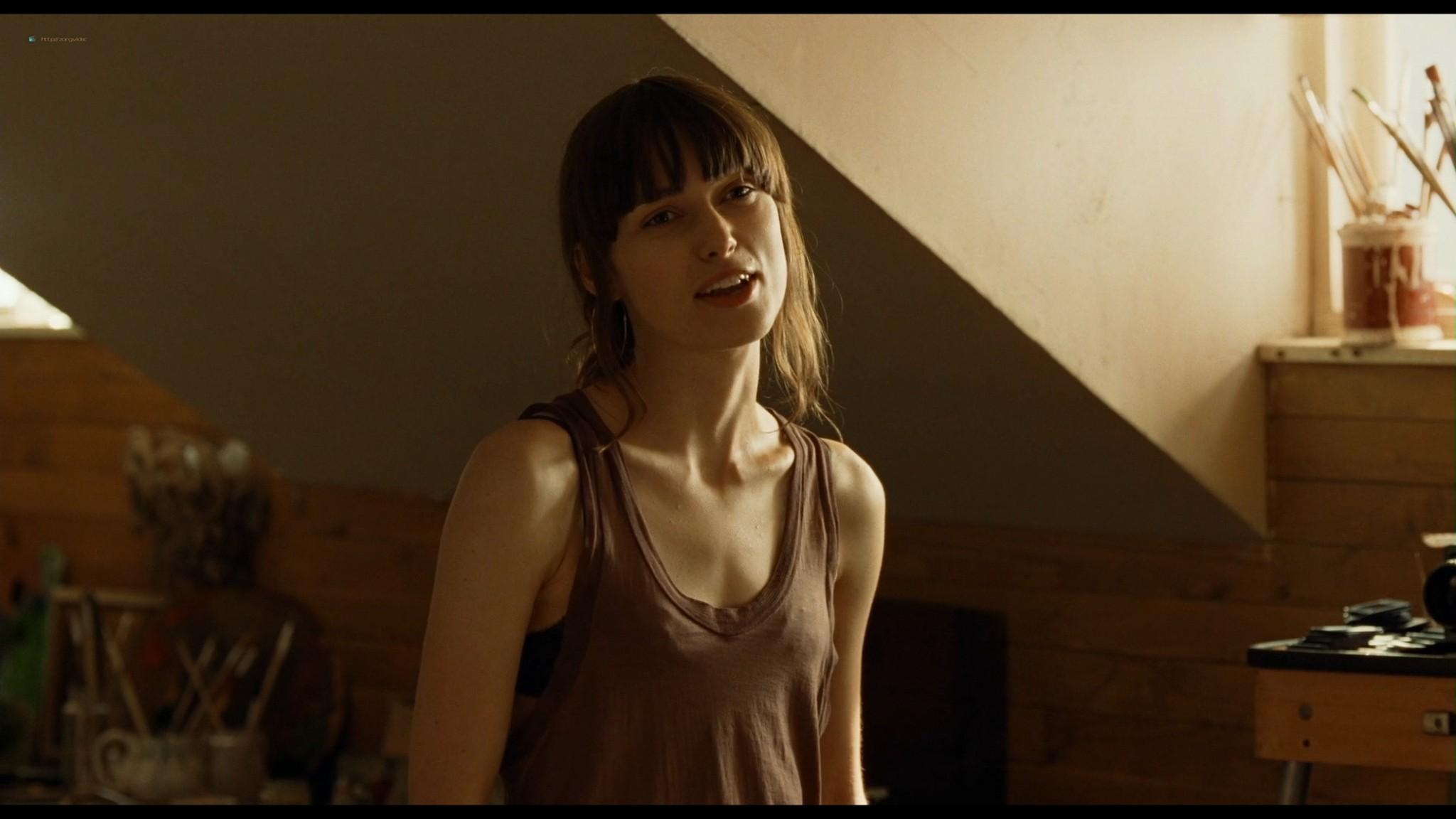 Anna Friel sexy Keira Knightley hot - London Boulevard (2011) HD 1080p BluRay (10)