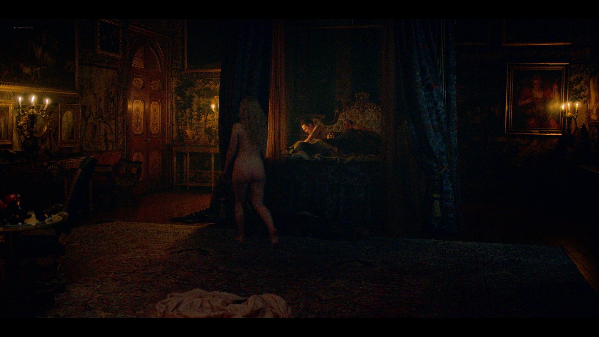 Elle Fanning nude butt and sex - The Great (2020) s1e1 UHD 2160p (4)