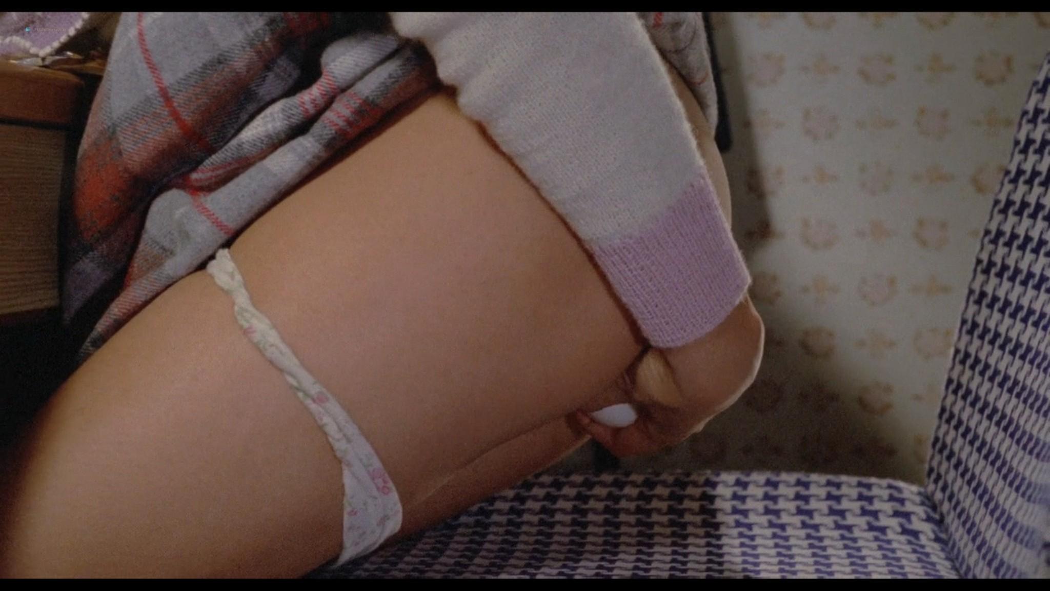 Jun Izumi nude hot sex - Angel Guts: Red Porno (JP-1981) HD 1080p BluRay (16)