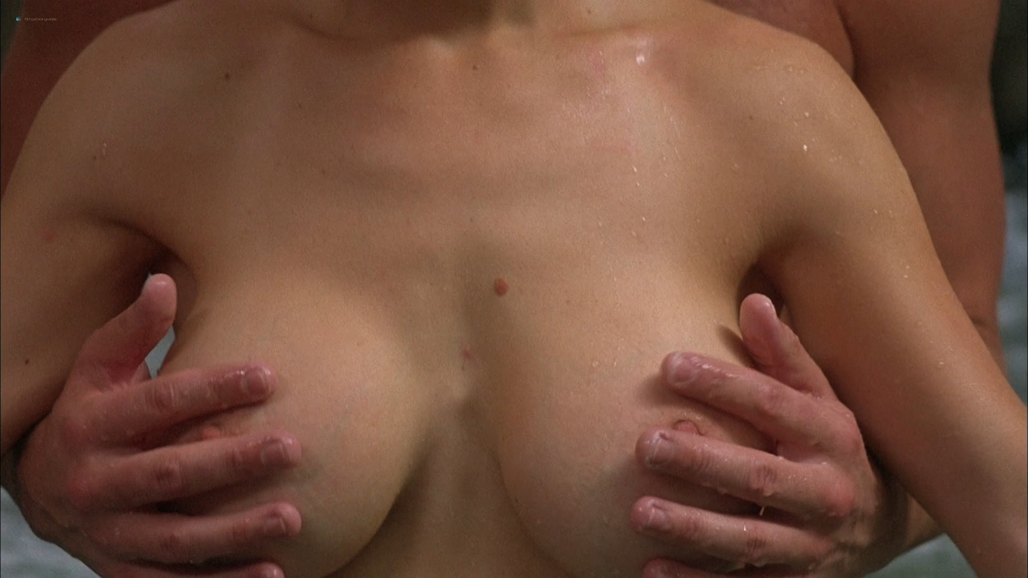 Kari Wuhrer wet and hot Amy Lindsay and others nude sex - Final Examination (2003) HD 1080p Web (12)