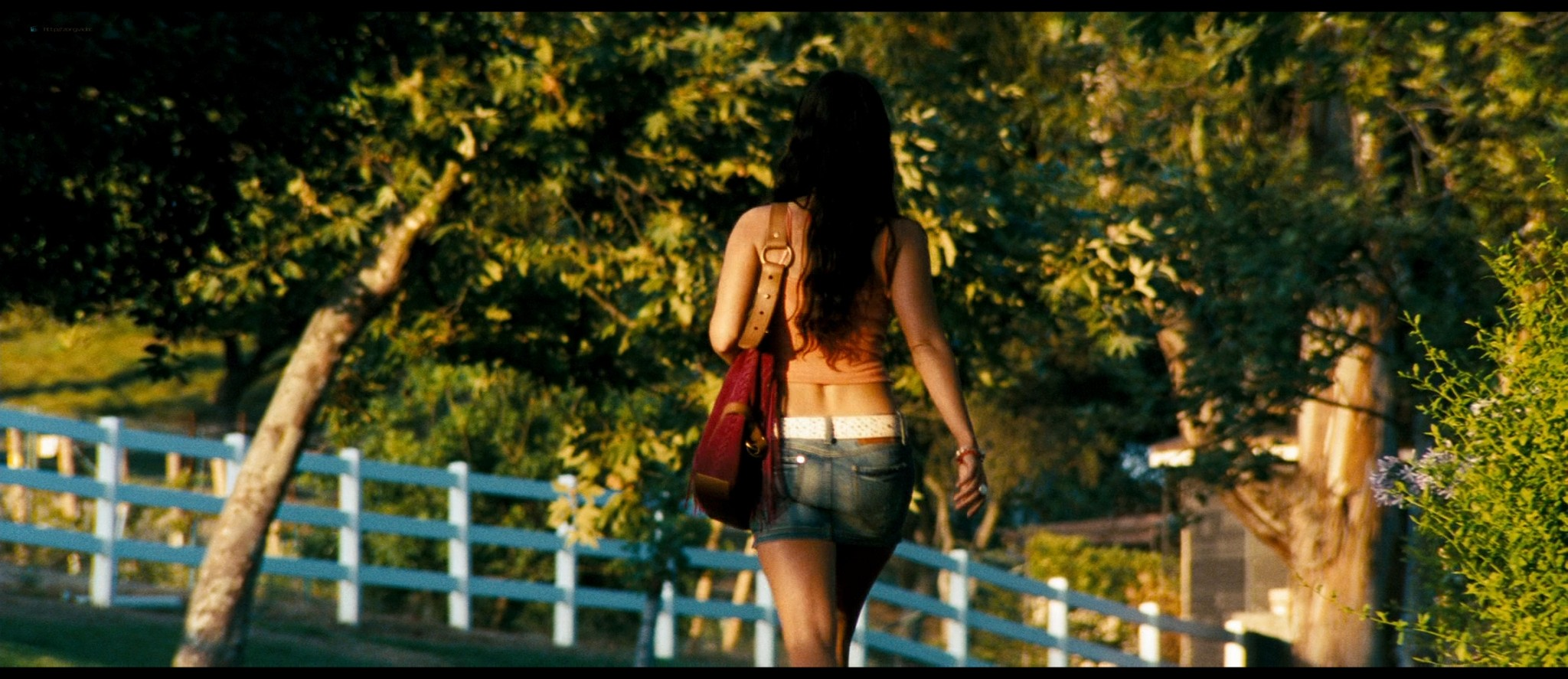 Megan Fox hot and sexy - Transformers (2007) HD 1080p BluRay Remux (19)