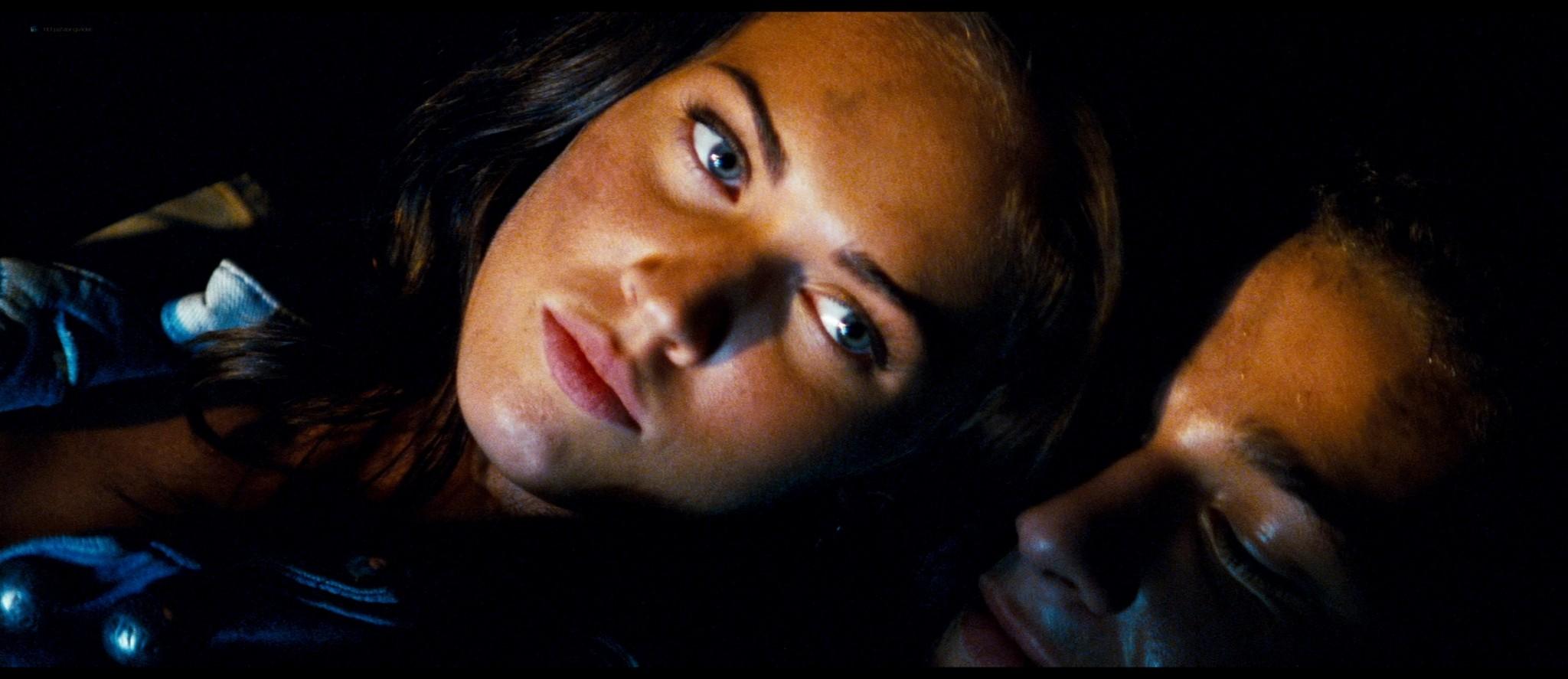 Megan Fox hot and sexy - Transformers (2007) HD 1080p BluRay Remux (7)