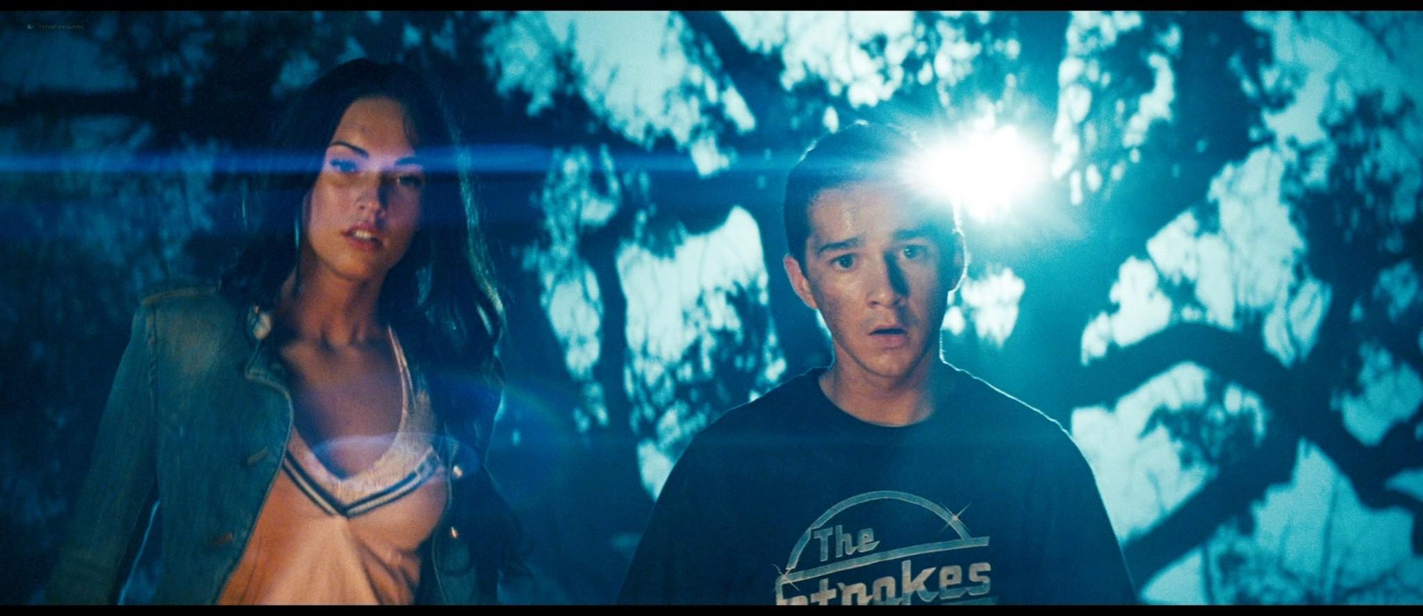 Megan Fox hot and sexy - Transformers (2007) HD 1080p BluRay Remux (5)