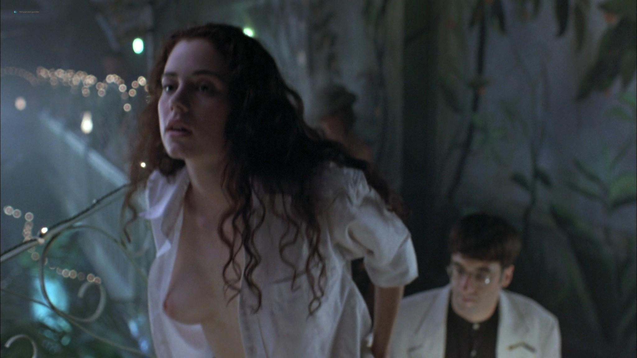 Mia Kirshner nude Arsinée Khanjian sexy - Exotica (1994) HD 1080p BluRay REMUX (6)