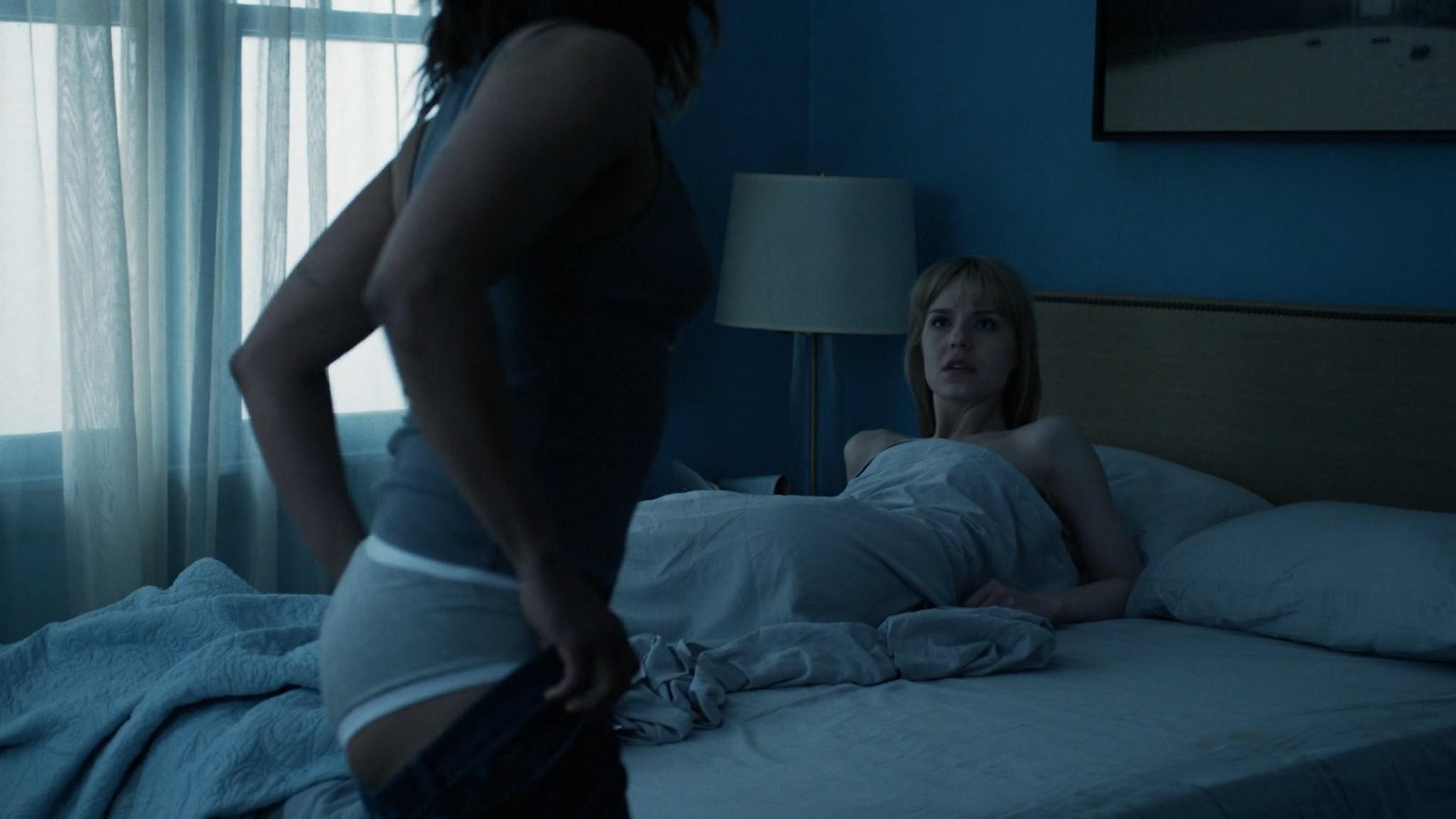 Monica Raymund nude Riley Voelkel hot sex - Hightown (2020) s1e3 HD 1080p (2)