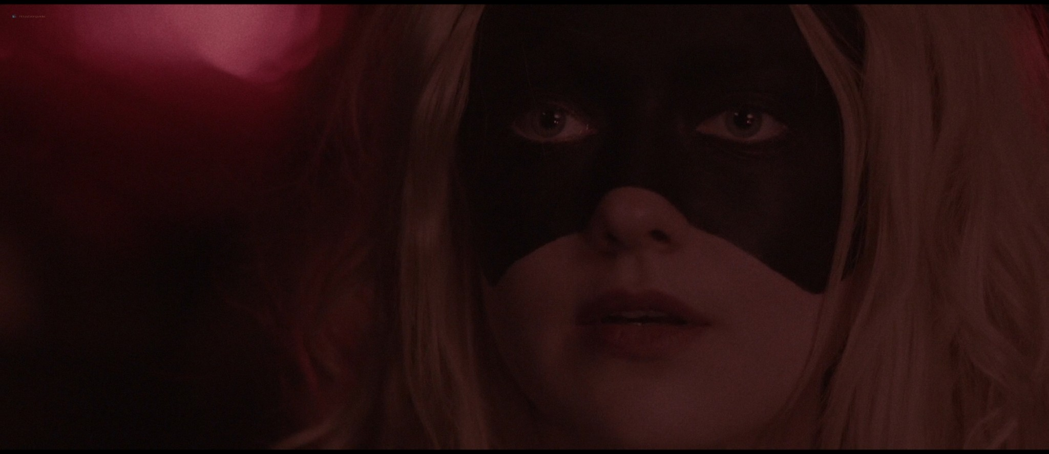 Dakota Fanning hot sex Evan Rachel Wood sexy - Viena and the Fantomes (2020) HD 1080p Web (2)