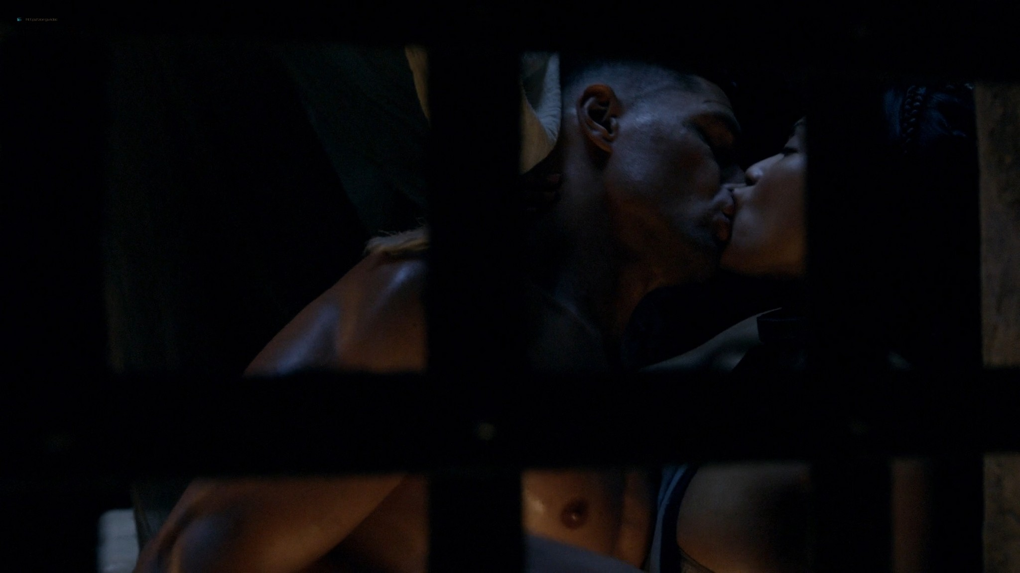 Lucy Lawless hot sex oral Lesley-Ann Brandt and others sexy - Spartacus - The Thing in the Pit (2010) s1e4-5 HD 1080p (4)