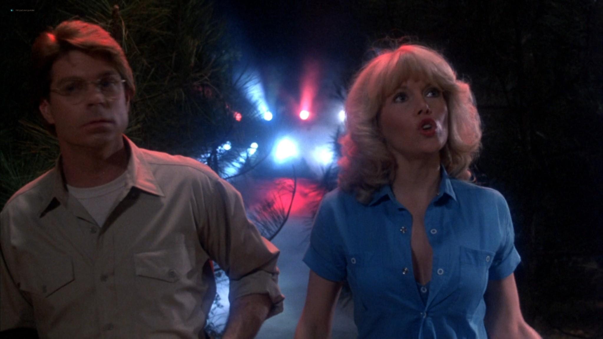 Misty Rowe hot Kim Richards, Tammy Taylor sexy - Meatballs Part II (1984) HD 1080p BluRay (10)