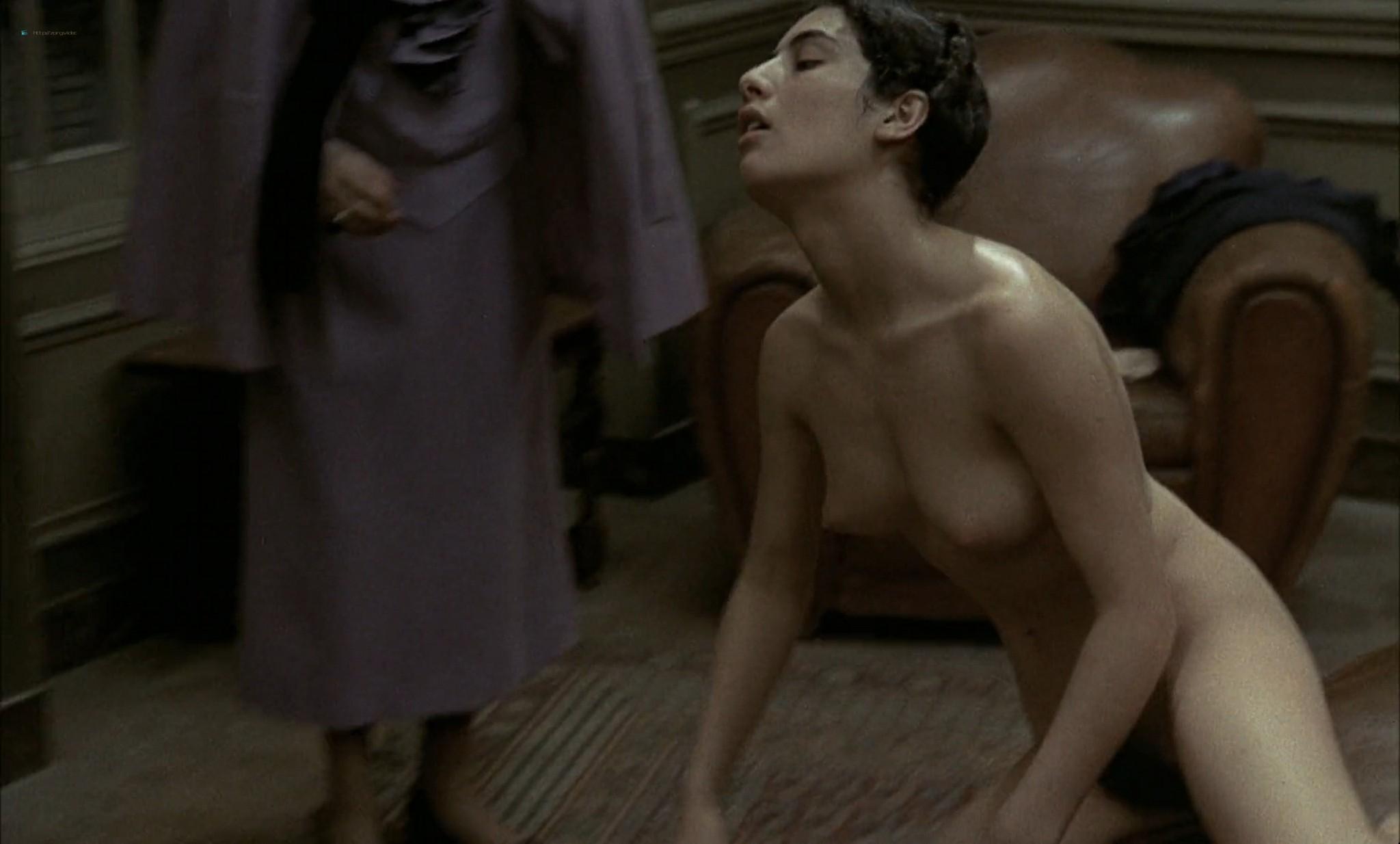 Romy Schneider nude butt Nadia Vasil bush others orgy - L'important c'est d'aimer (FR-1975) HD 1080p BluRay (4)