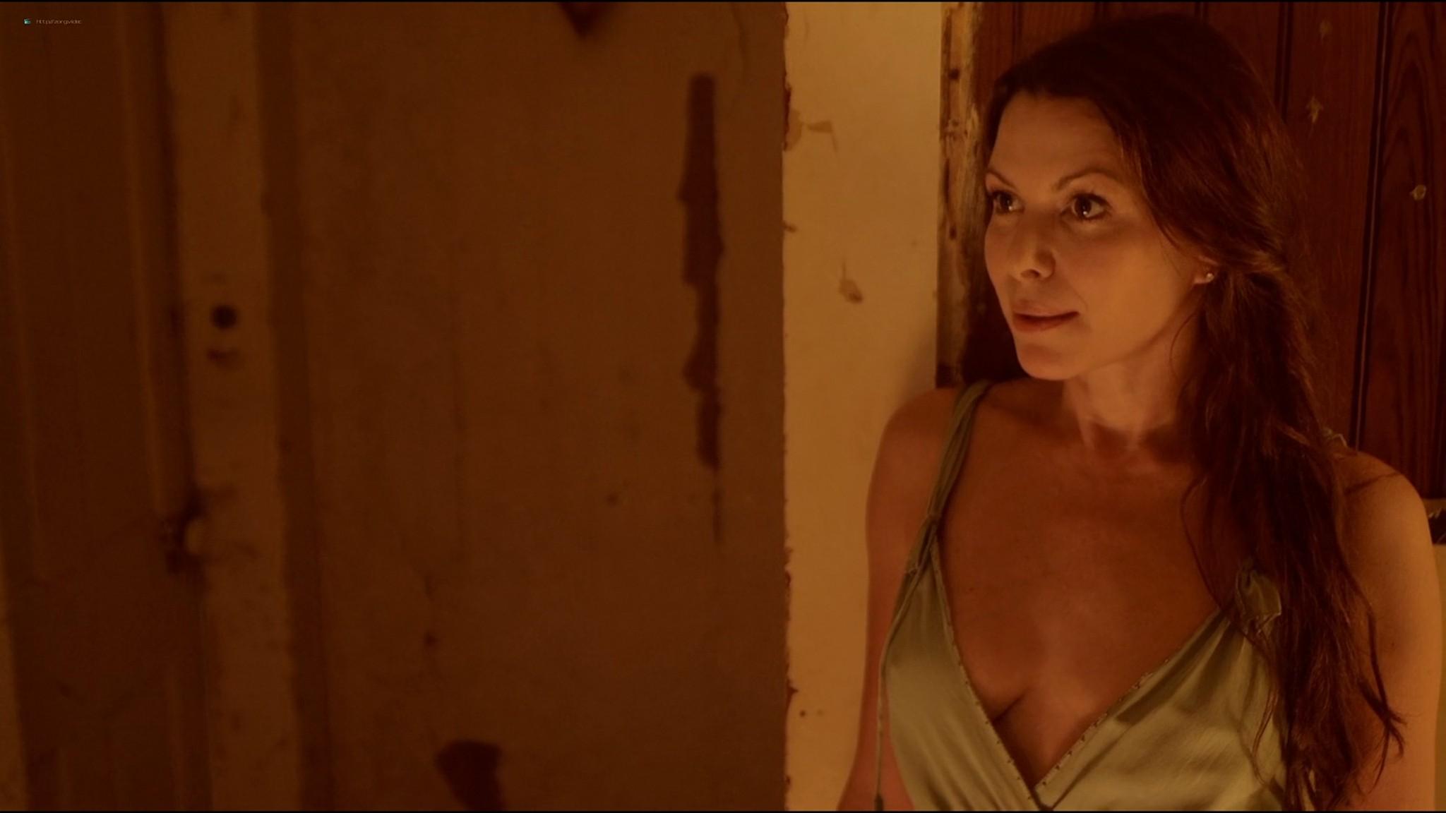Kari Wuhrer nude Mia Serafino, Mary Anthony sexy - Secrets of a Psychopath (2013) HD 1080p Web (16)