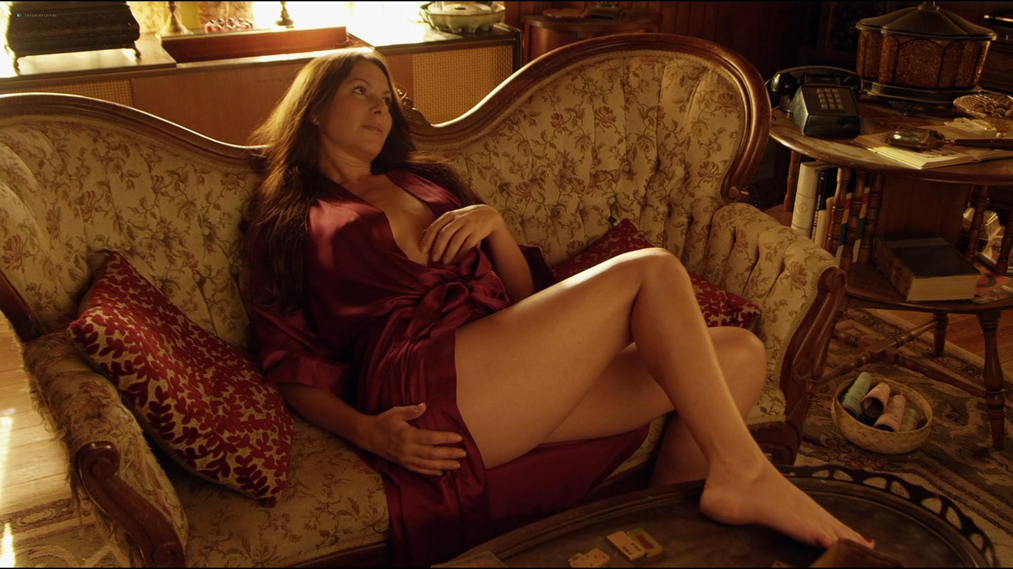 Kari Wuhrer nude Mia Serafino, Mary Anthony sexy - Secrets of a Psychopath (2013) HD 1080p Web (9)