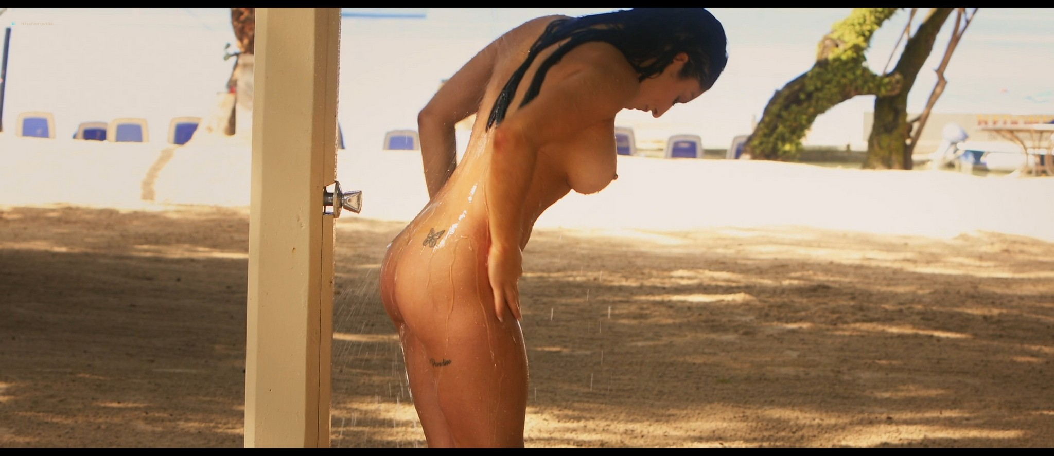 Olivia Culpo hot Adelaide Kane sexy others topless and hot - The Swing of Things (2020) HD 1080p Web (12)