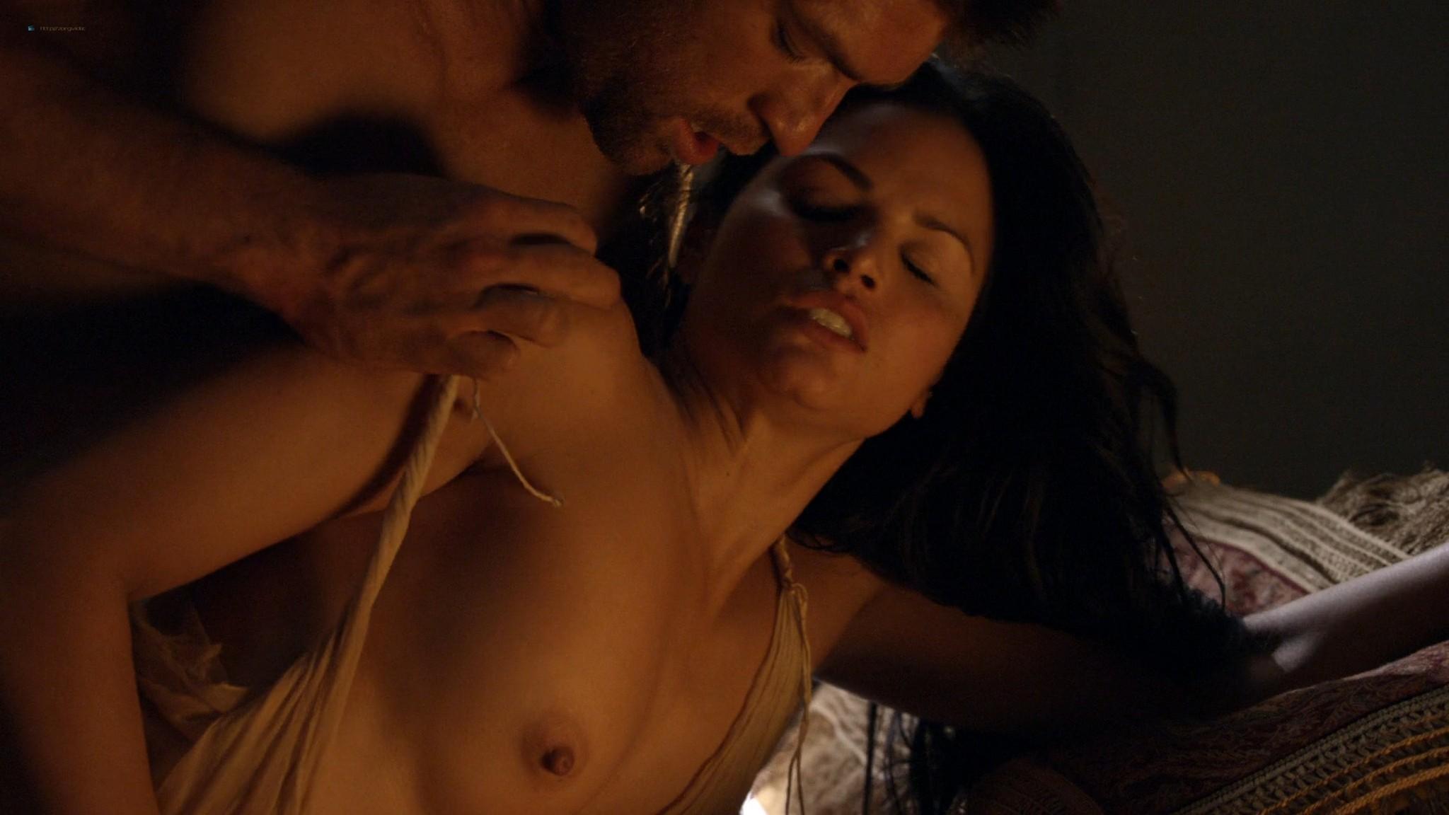 Viva Bianca nude topless Katrina Law, Bonnie Sveen, etc -Spartacus - Vengeance (2012) e3 1080p (11)