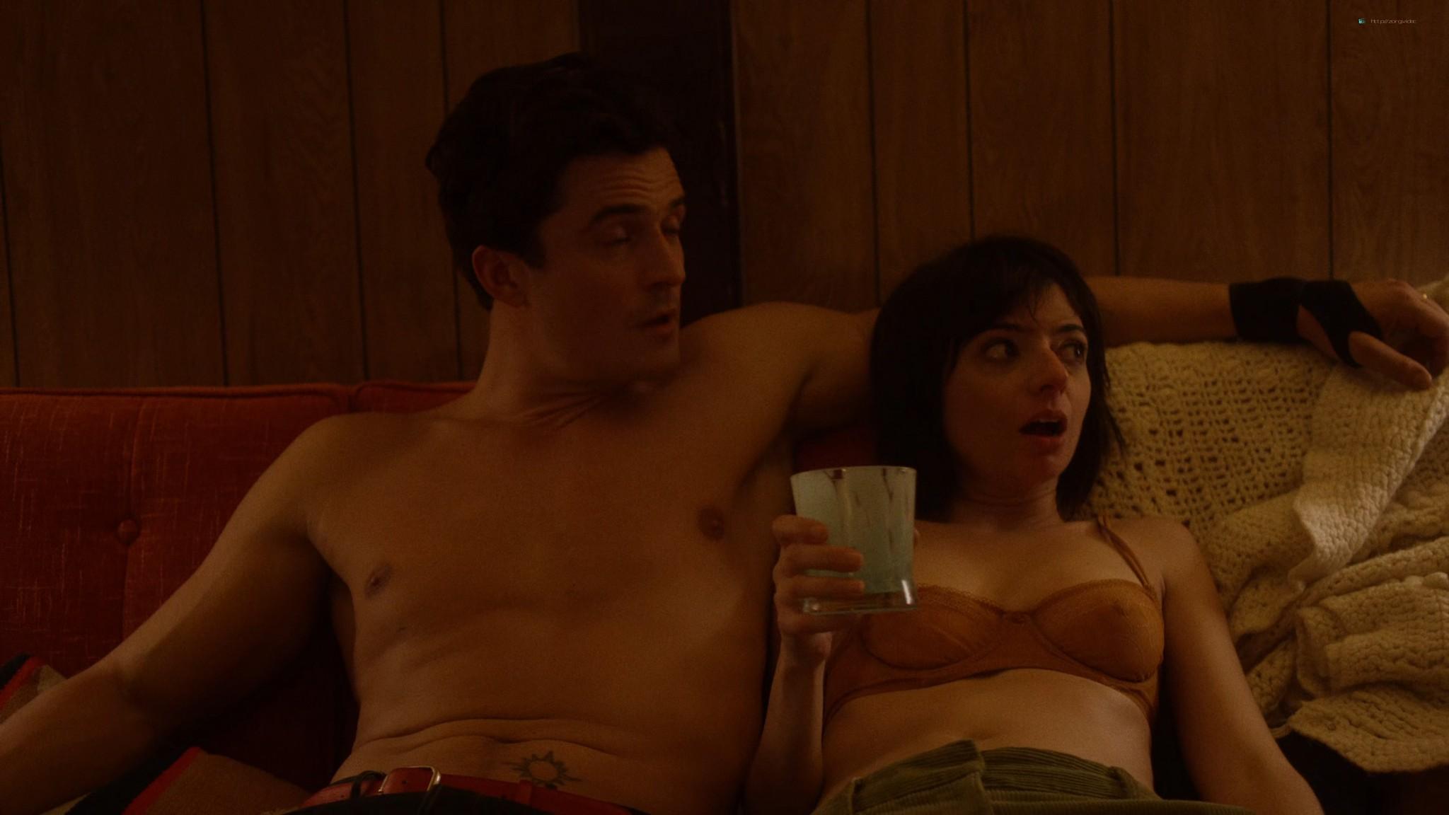 Malin Akerman nude sex threesome with Kate Micucci Easy 2016 s1e6 UHD 2160 1080p 003