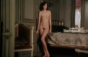 Sylvia Kristel nude full frontal and nude topless - Alice ou la derniere fugue (1977)