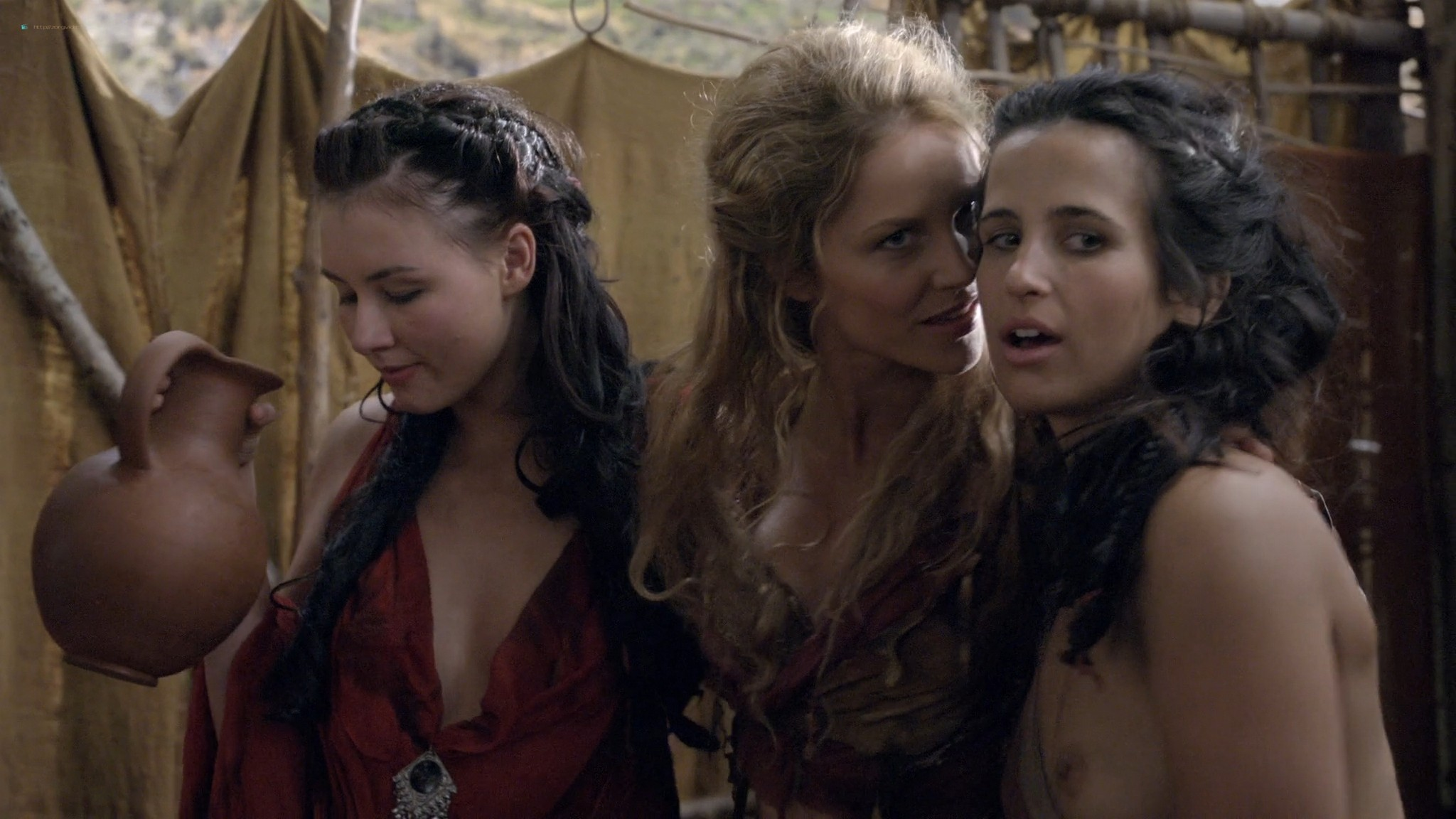 Ellen Hollman nude sex Jenna Lind Cynthia Addai Robinson and other nude Spartacus 2013 HD 1080p BluRay 002