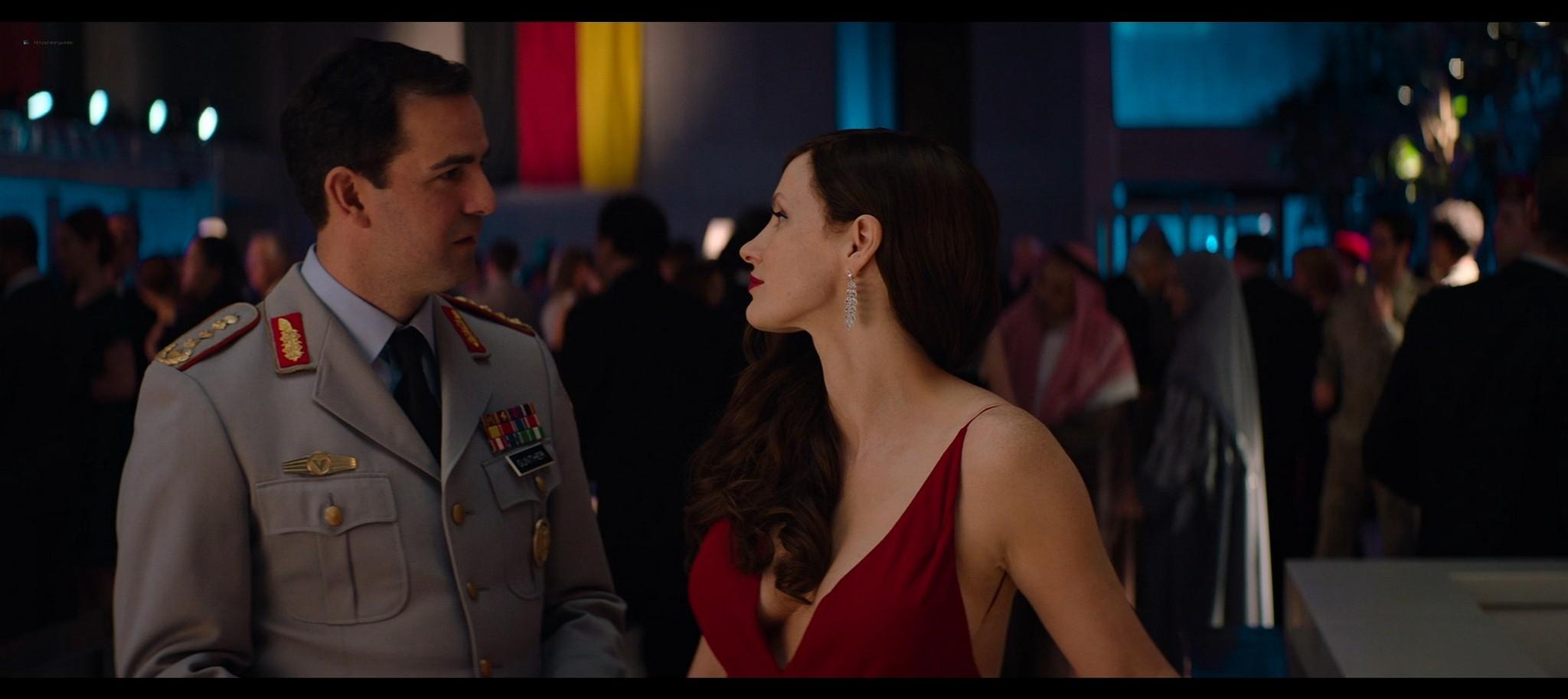 Jessica Chastain hot Jess Weixler sexy Ava 2020 HD 1080p BluRay REMUX 007