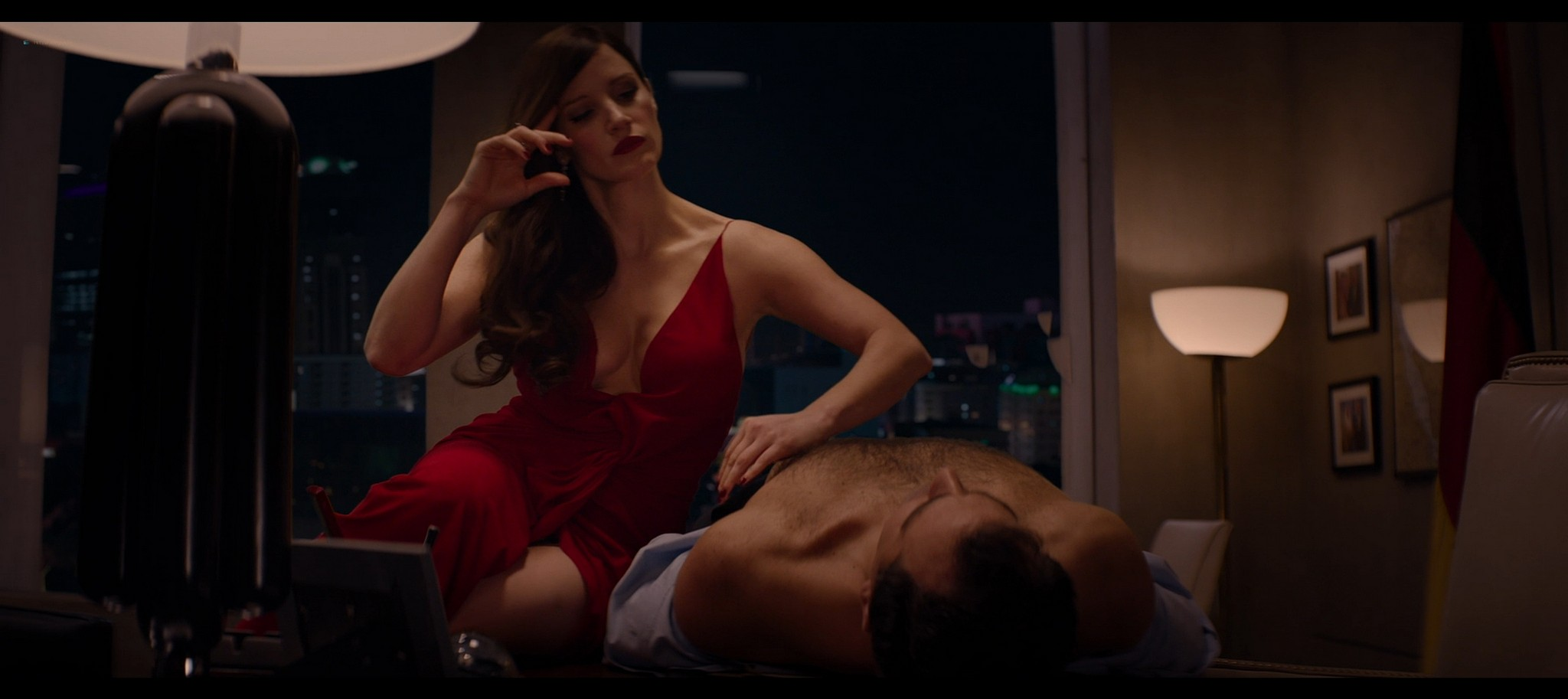 Jessica Chastain hot Jess Weixler sexy Ava 2020 HD 1080p BluRay REMUX 009